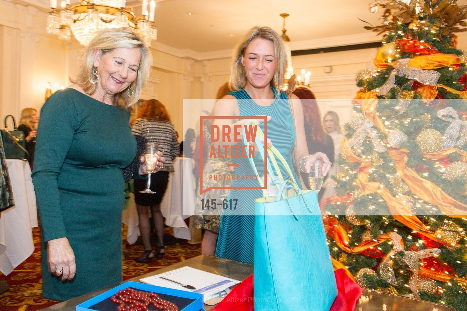 Jeanne Wilson, Sarah Wilson, Boy's & Girls' Towns of Italy Holiday Luncheon, The Olympic Club. 524 Post Street, December 3rd, 2015,Drew Altizer, Drew Altizer Photography, full-service agency, private events, San Francisco photographer, photographer california
