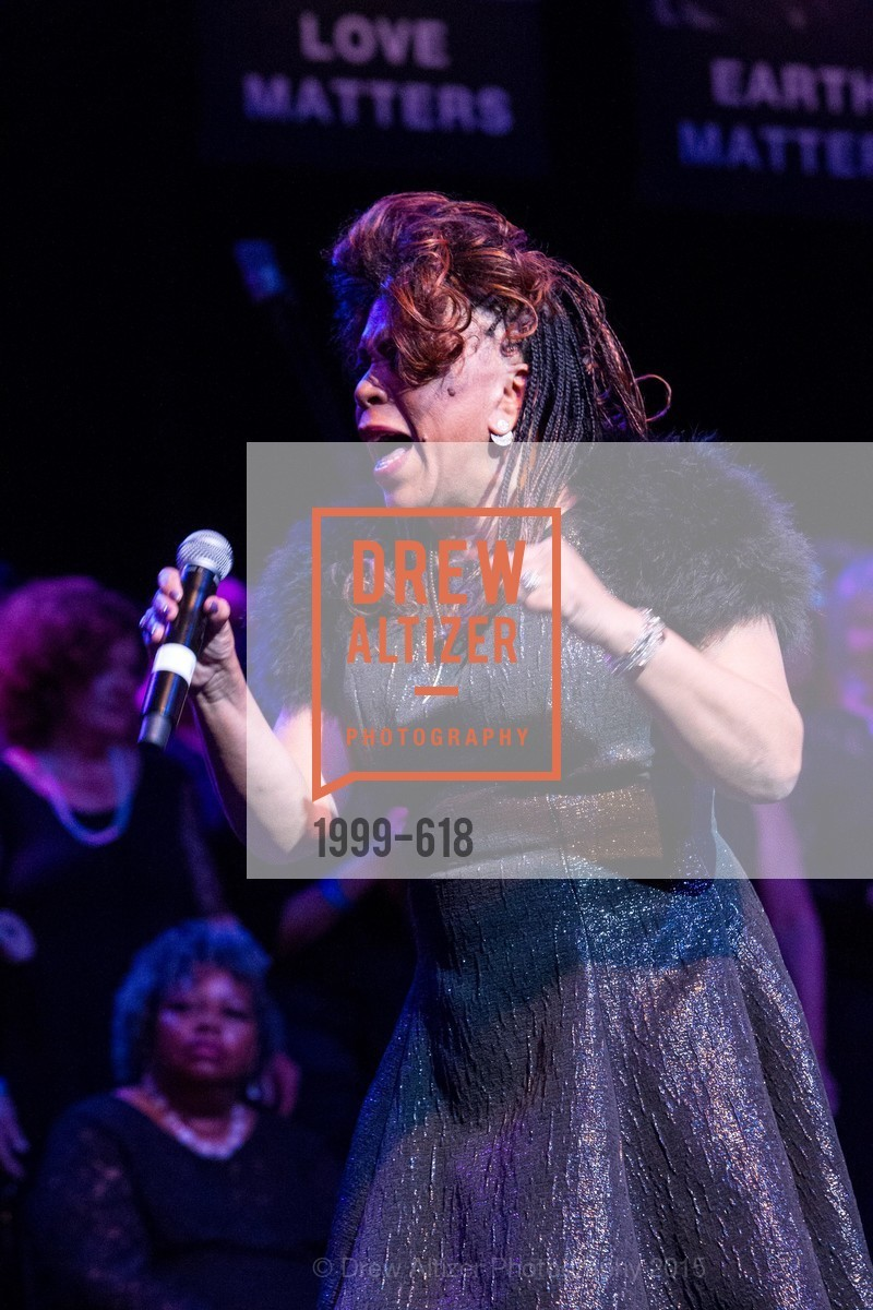 Performance By Valerie Simpson, GLIDE's Annual Holiday Jam: Love Matters, The Warfield Theatre. 982 Market, December 3rd, 2015,Drew Altizer, Drew Altizer Photography, full-service event agency, private events, San Francisco photographer, photographer California