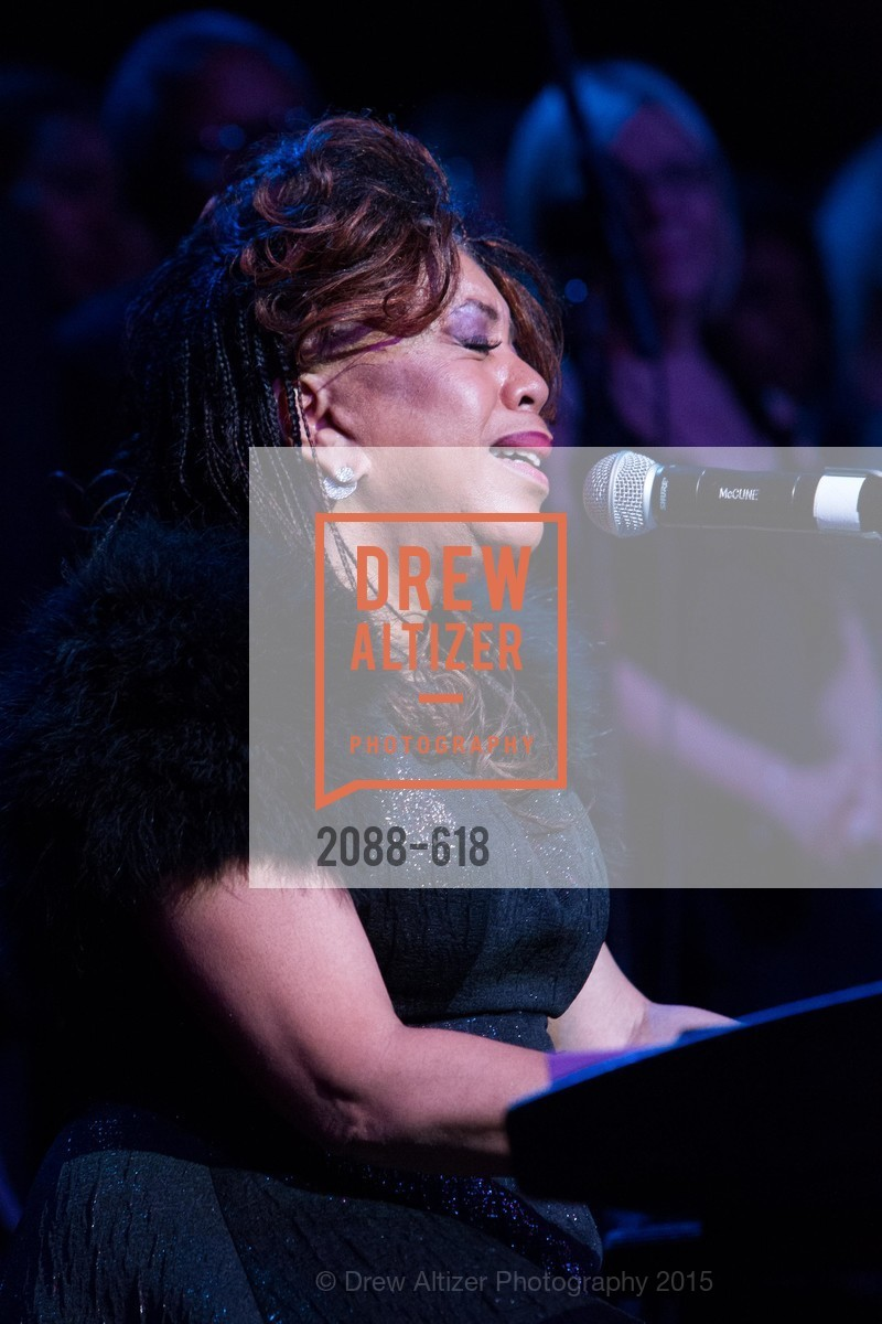 Performance By Valerie Simpson, GLIDE's Annual Holiday Jam: Love Matters, The Warfield Theatre. 982 Market, December 3rd, 2015,Drew Altizer, Drew Altizer Photography, full-service agency, private events, San Francisco photographer, photographer california