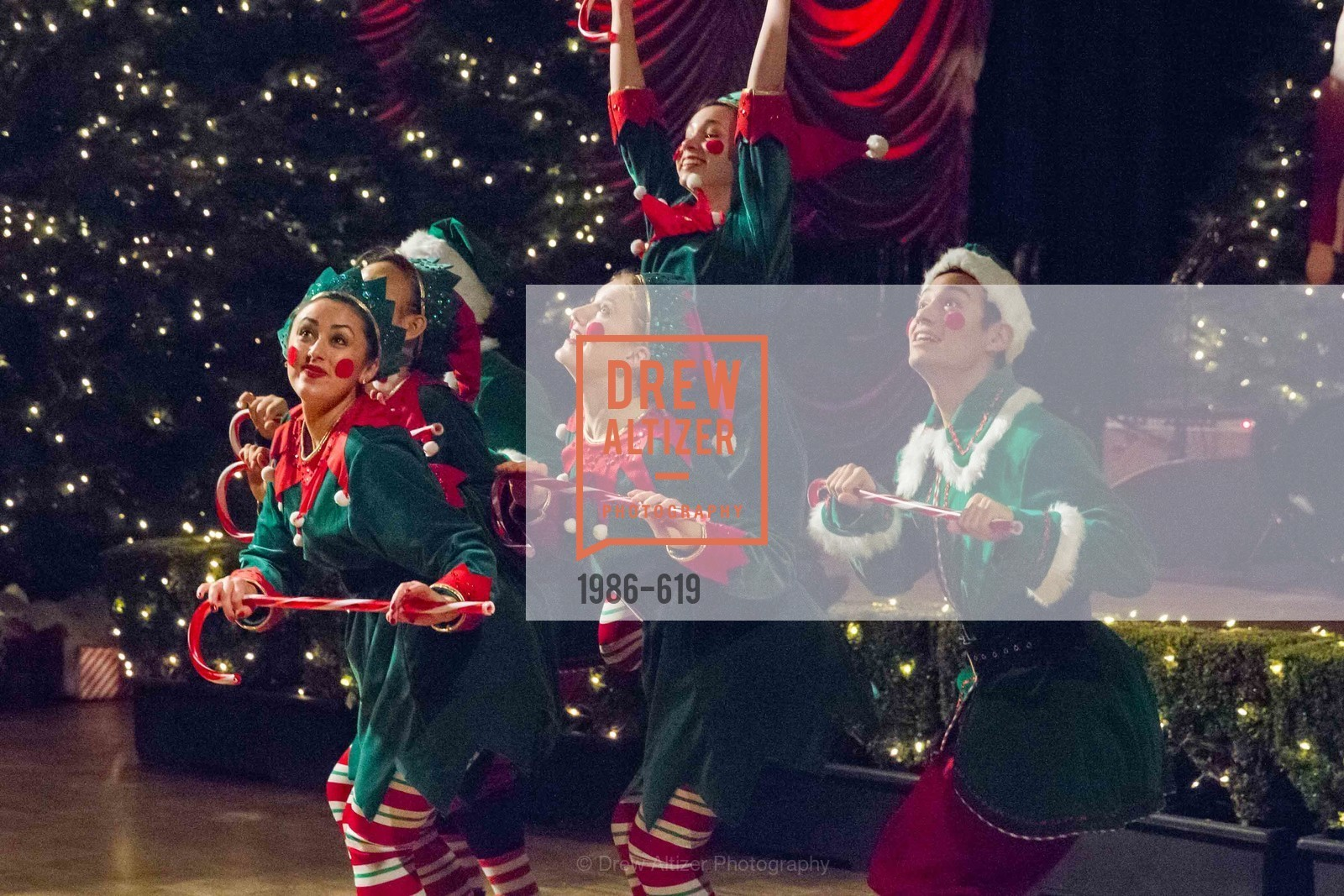 Performance, Shansby/Matarasso Holiday Lunch, Bimbo's 365 Club. 1025 Columbus Ave, December 4th, 2015,Drew Altizer, Drew Altizer Photography, full-service event agency, private events, San Francisco photographer, photographer California