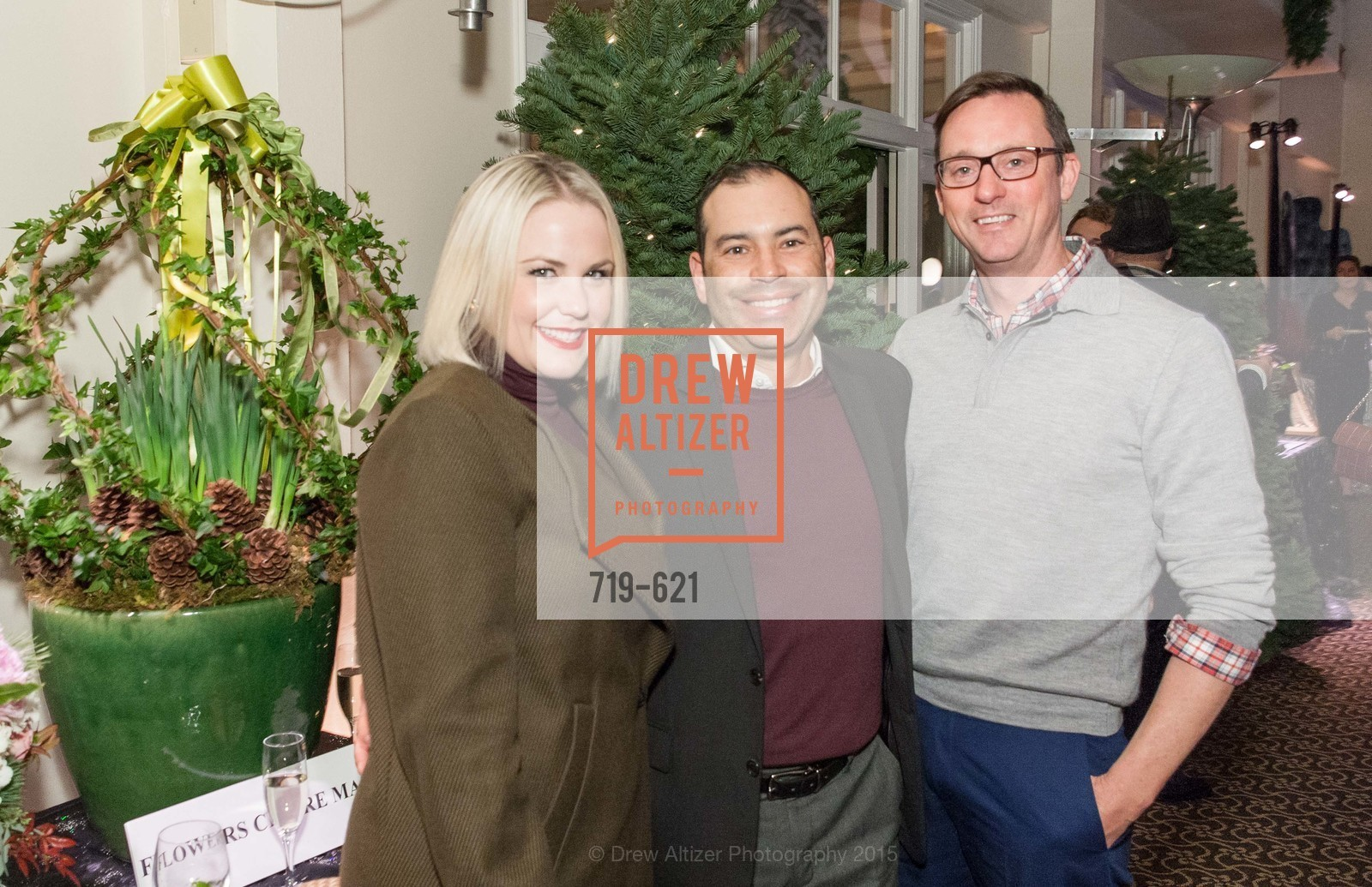 Taryn Fischer, Rob Garcia, Children of Shelters' Jingle and Mingle, Golden Gate Club. 135 Fisher Loop, December 3rd, 2015,Drew Altizer, Drew Altizer Photography, full-service agency, private events, San Francisco photographer, photographer california