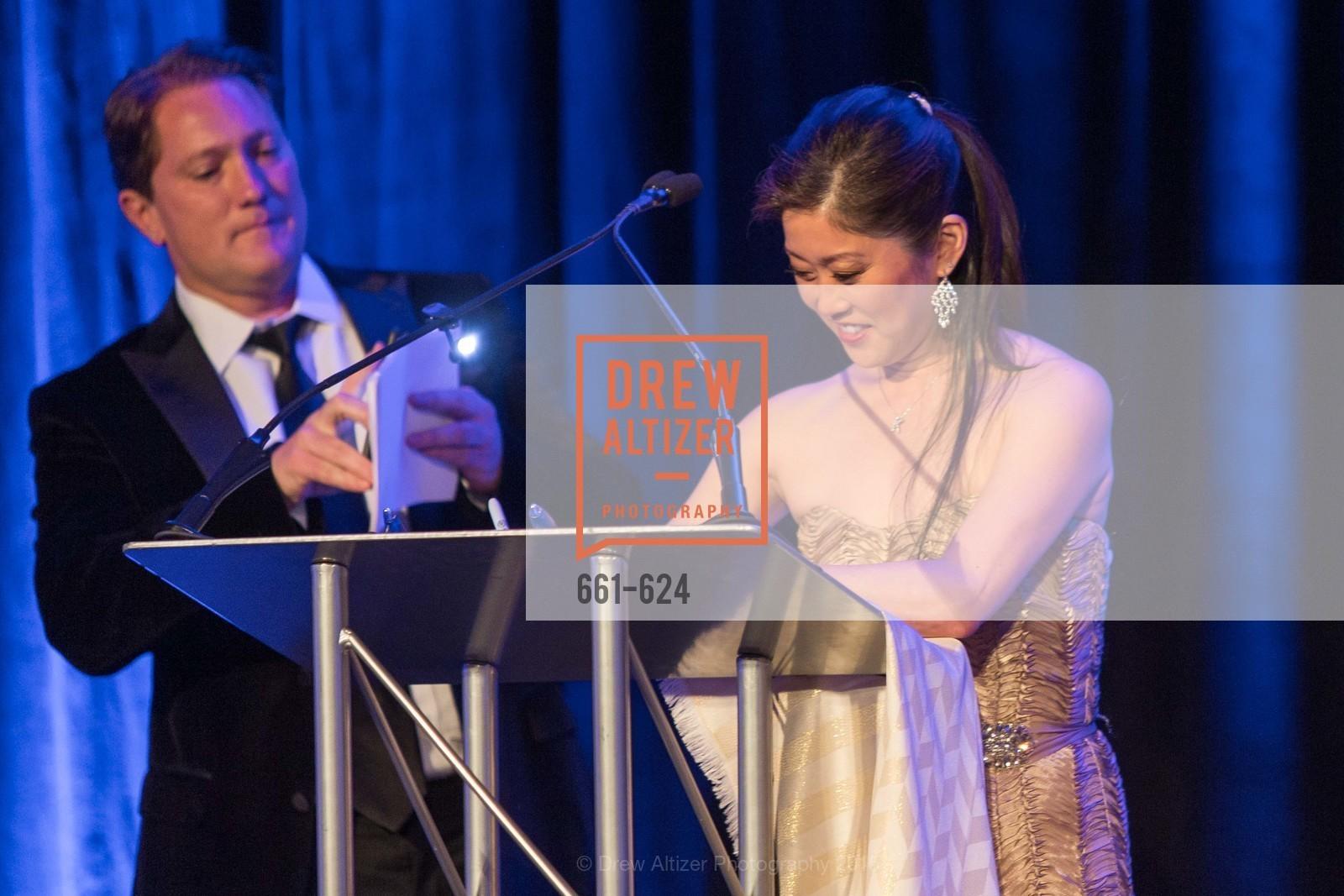 Liam Mayclem, Kristi Yamaguchi, 2015 Raphael House Gala
