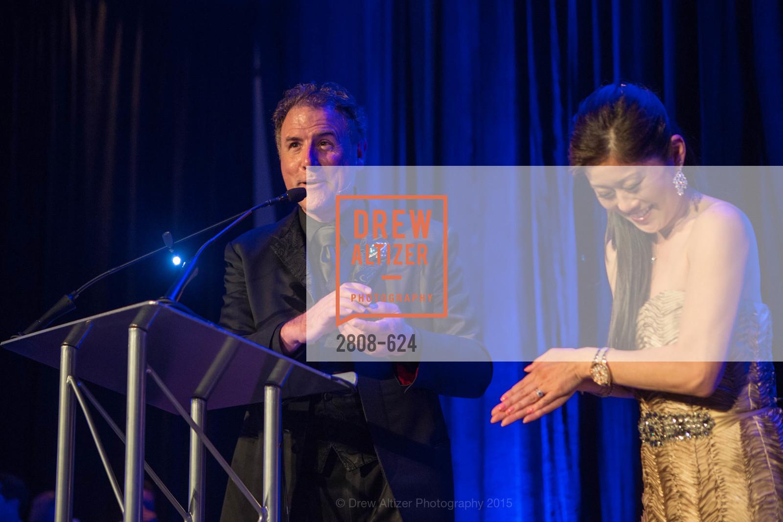 Patrick Martin, Kristi Yamaguchi, 2015 Raphael House Gala