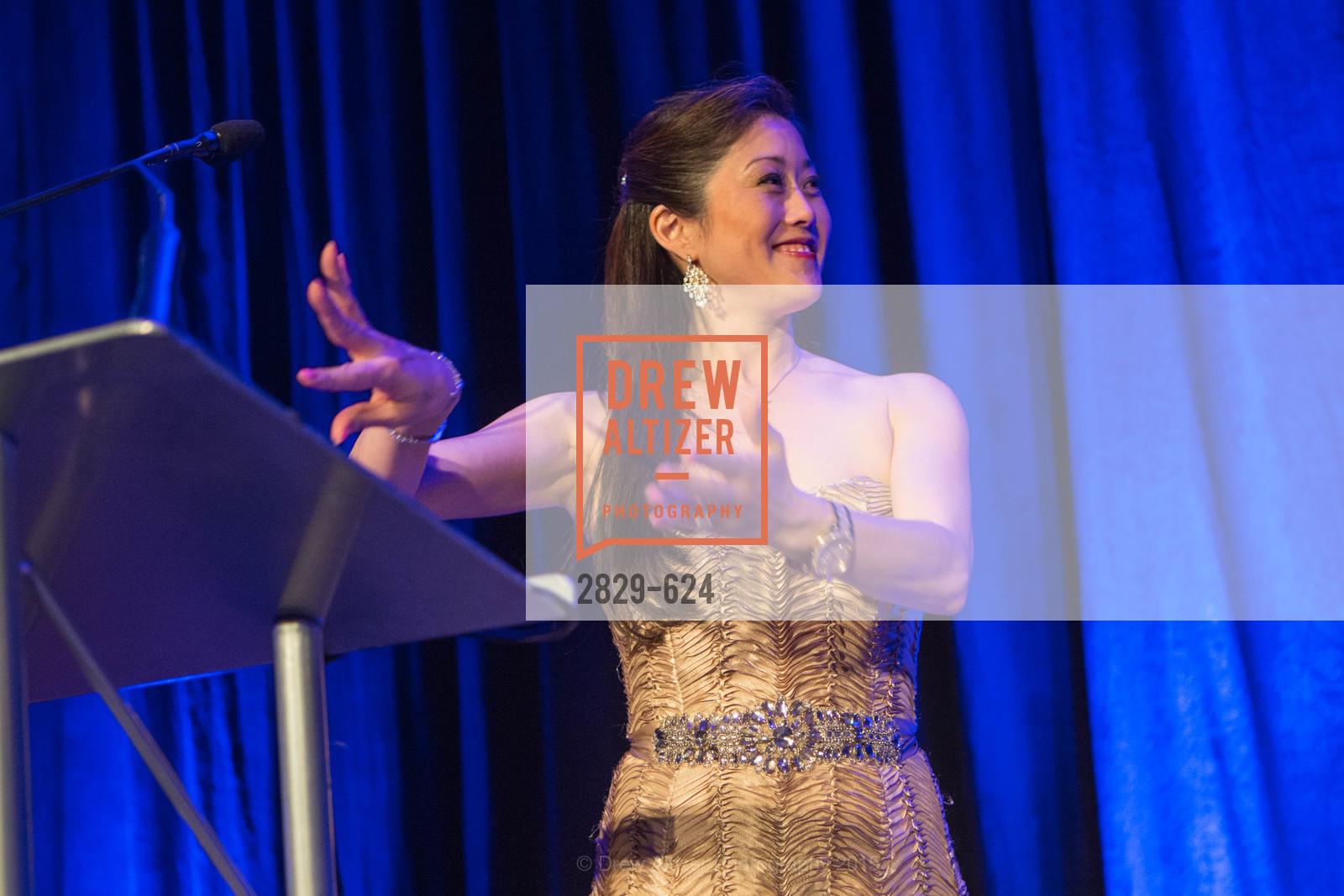 Kristi Yamaguchi, 2015 Raphael House Gala
