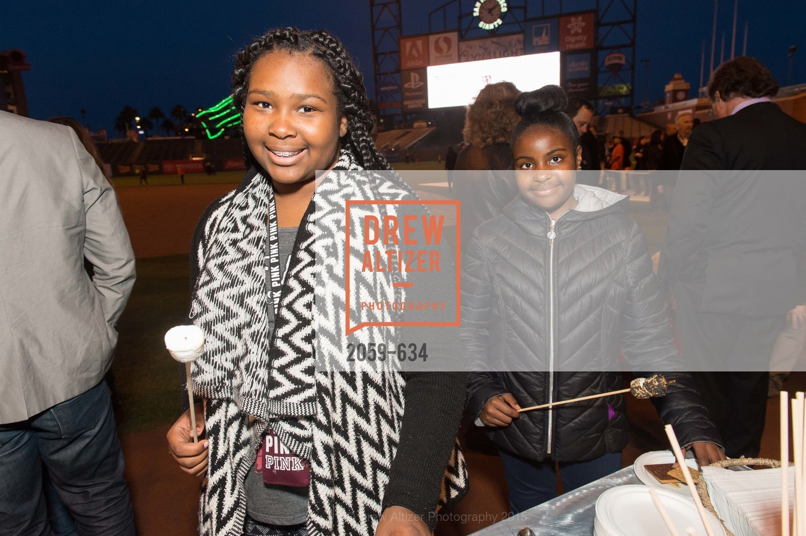Ariana Crawford, Imani Clifton, Holiday Heroes 2015, AT&T Park, December 7th, 2015,Drew Altizer, Drew Altizer Photography, full-service agency, private events, San Francisco photographer, photographer california