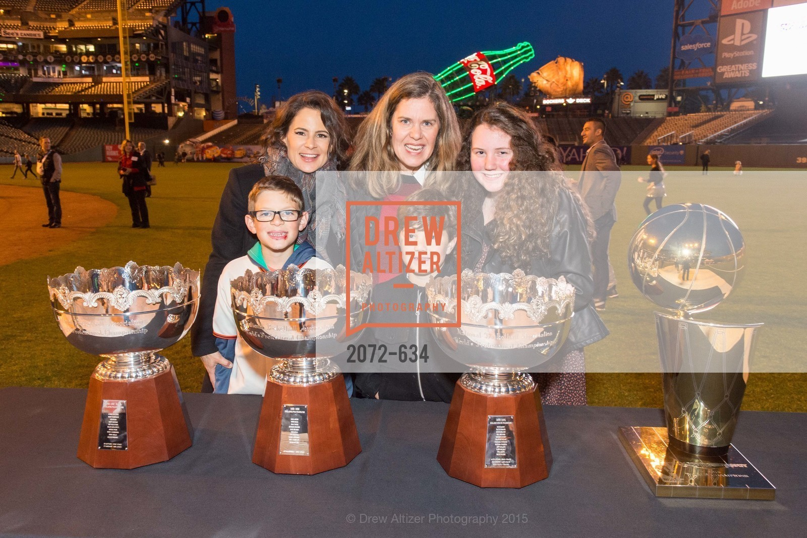 Sawyer Reicher, Wendy Reicher, Christine Considine, Carter Considine, Carolyn Considine, Holiday Heroes 2015, AT&T Park, December 7th, 2015,Drew Altizer, Drew Altizer Photography, full-service agency, private events, San Francisco photographer, photographer california
