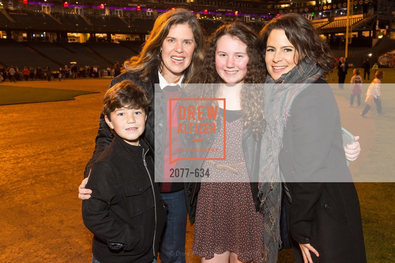 Carter Considine, Christine Considine, Carolyn Considine, Wendy Reicher, Holiday Heroes 2015, AT&T Park, December 7th, 2015,Drew Altizer, Drew Altizer Photography, full-service agency, private events, San Francisco photographer, photographer california
