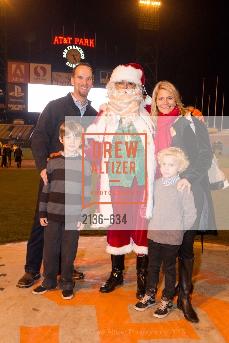 Chris Tasker, Cash Tasker, Tili Tasker, Treak Tasker, Holiday Heroes 2015, AT&T Park, December 7th, 2015,Drew Altizer, Drew Altizer Photography, full-service agency, private events, San Francisco photographer, photographer california