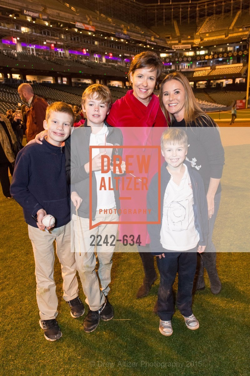 Thomas Smith, Kate Smith, Griffin Smith, Judy Davies, Holiday Heroes 2015, AT&T Park, December 7th, 2015,Drew Altizer, Drew Altizer Photography, full-service agency, private events, San Francisco photographer, photographer california