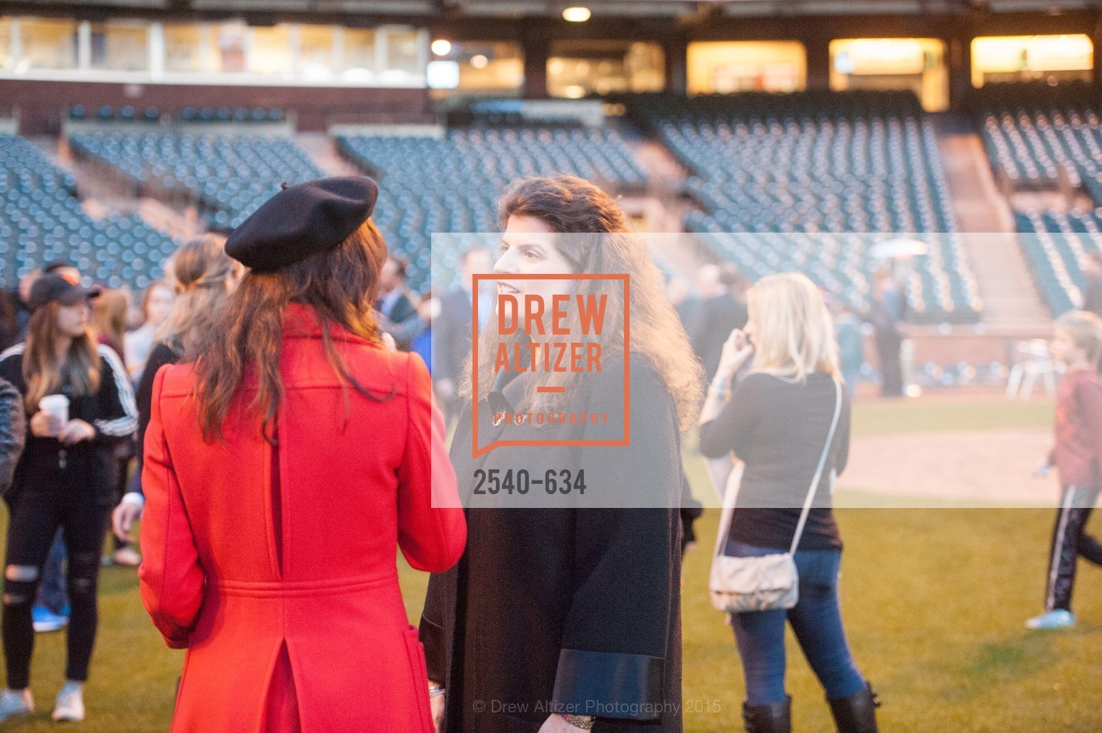 Marybeth Lamotte, Amy Wender-Hoch, Holiday Heroes 2015, AT&T Park, December 7th, 2015,Drew Altizer, Drew Altizer Photography, full-service agency, private events, San Francisco photographer, photographer california