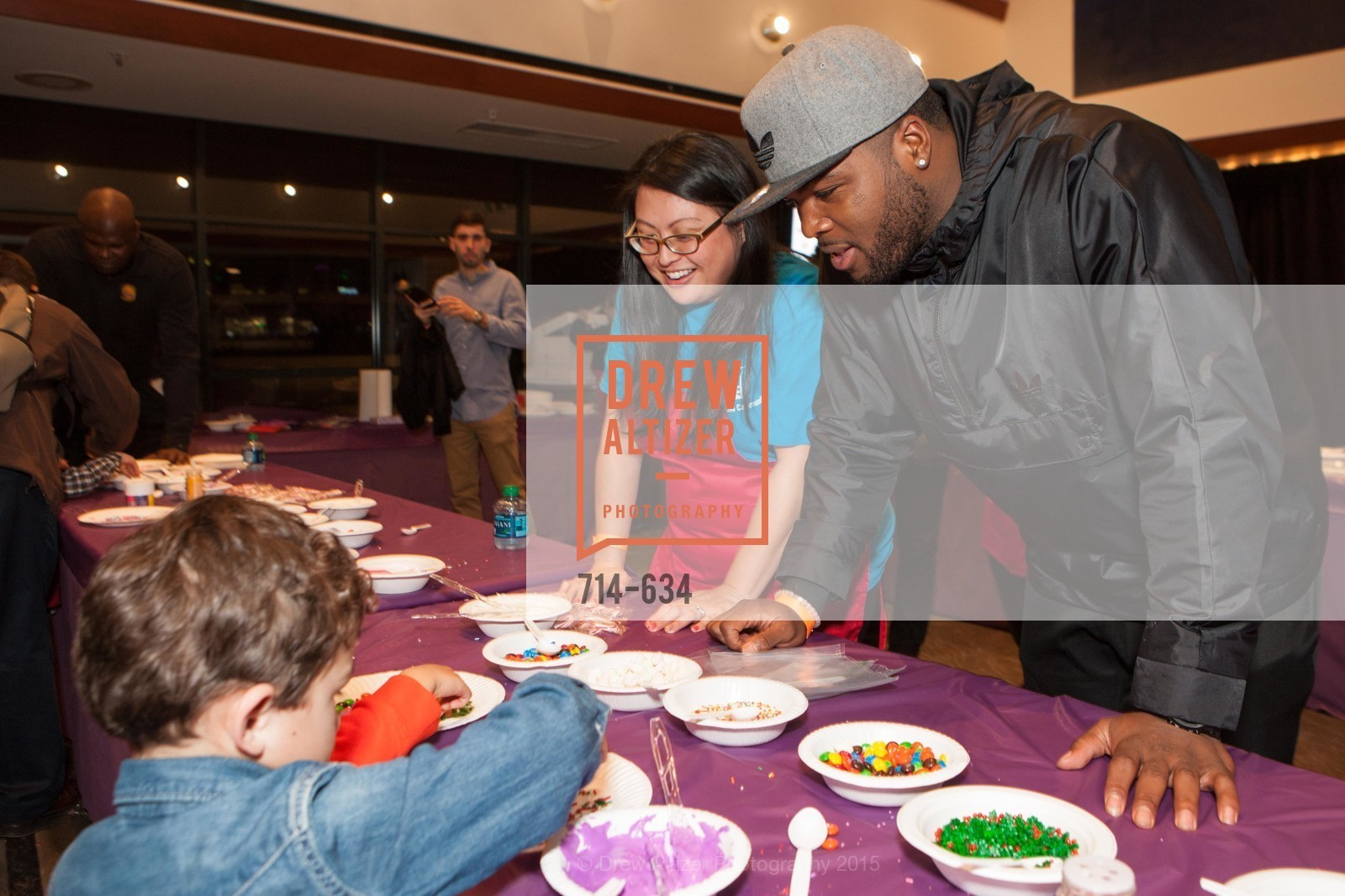 Carlos Hyde, Holiday Heroes 2015, AT&T Park, December 7th, 2015,Drew Altizer, Drew Altizer Photography, full-service agency, private events, San Francisco photographer, photographer california