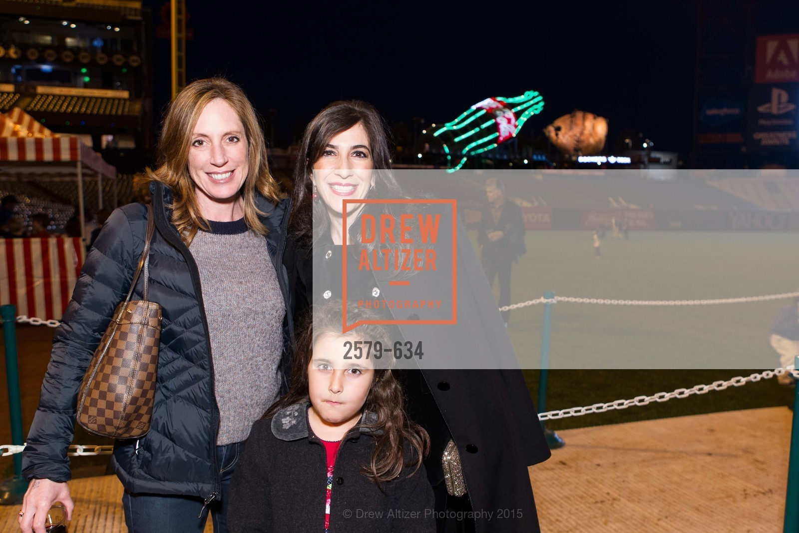 Rebecca Soroyan Robbins, Vanessa Robbins, Holiday Heroes 2015, AT&T Park, December 7th, 2015,Drew Altizer, Drew Altizer Photography, full-service agency, private events, San Francisco photographer, photographer california
