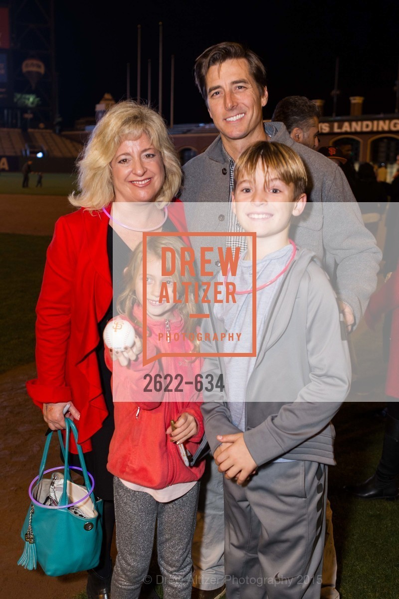 Jacqueline Feare, Holly Feare, Jonny Moseley, Benjamin Feare, Holiday Heroes 2015, AT&T Park, December 7th, 2015,Drew Altizer, Drew Altizer Photography, full-service event agency, private events, San Francisco photographer, photographer California