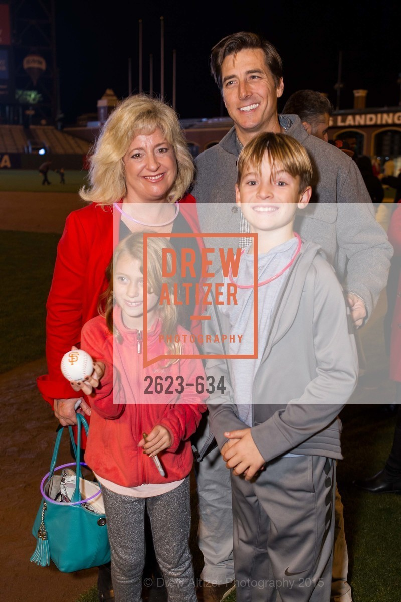 Jacqueline Feare, Holly Feare, Jonny Moseley, Benjamin Feare, Holiday Heroes 2015, AT&T Park, December 7th, 2015,Drew Altizer, Drew Altizer Photography, full-service agency, private events, San Francisco photographer, photographer california