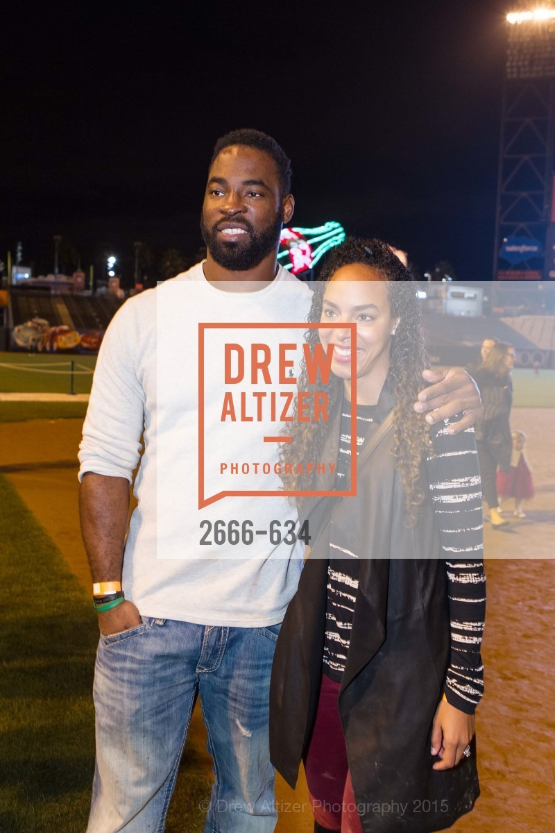Justin Tuck, Lauran Tuck, Holiday Heroes 2015, AT&T Park, December 7th, 2015,Drew Altizer, Drew Altizer Photography, full-service event agency, private events, San Francisco photographer, photographer California