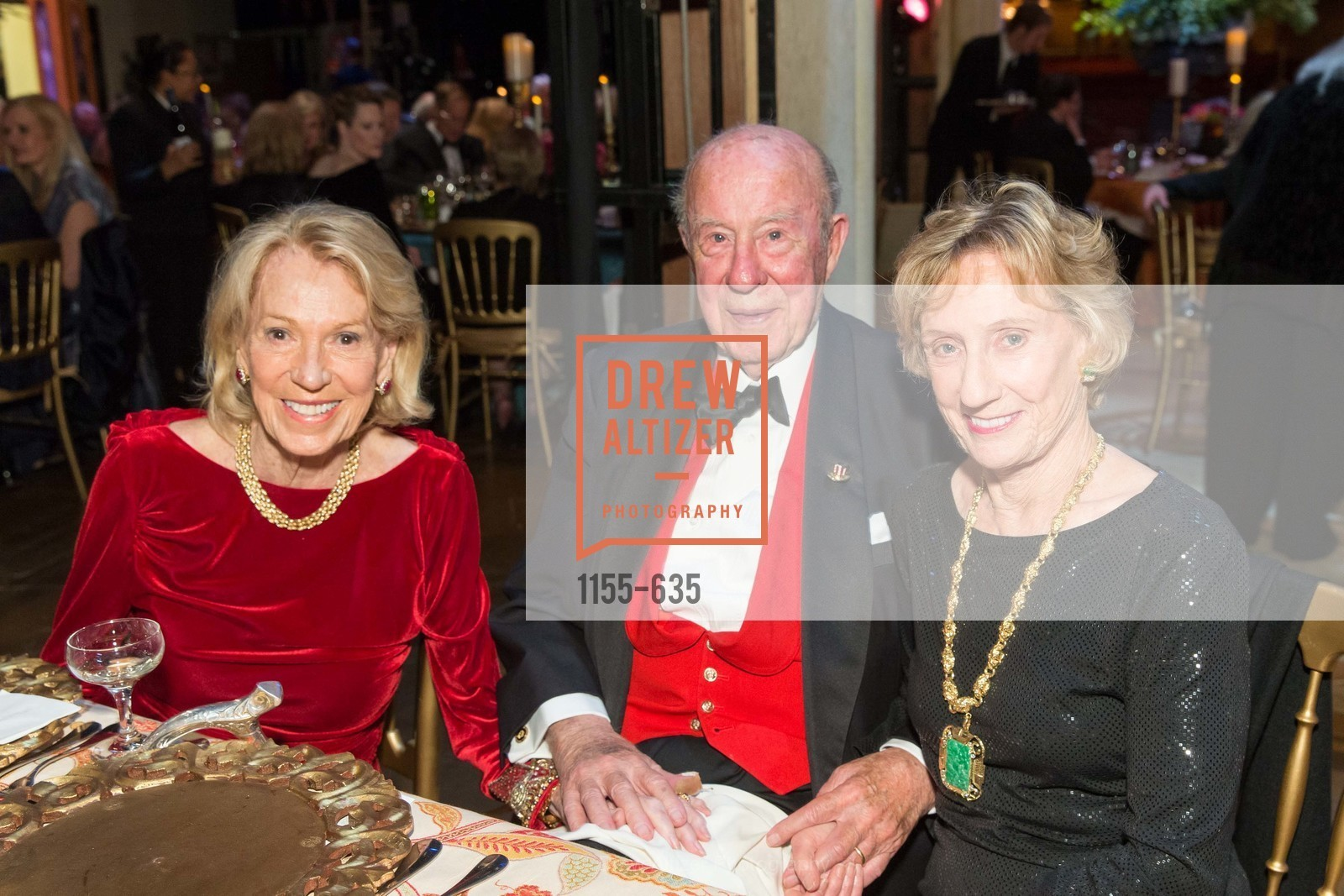 Charlotte Shultz, George Shultz, Nancy Bechtle, Photo #1155-635