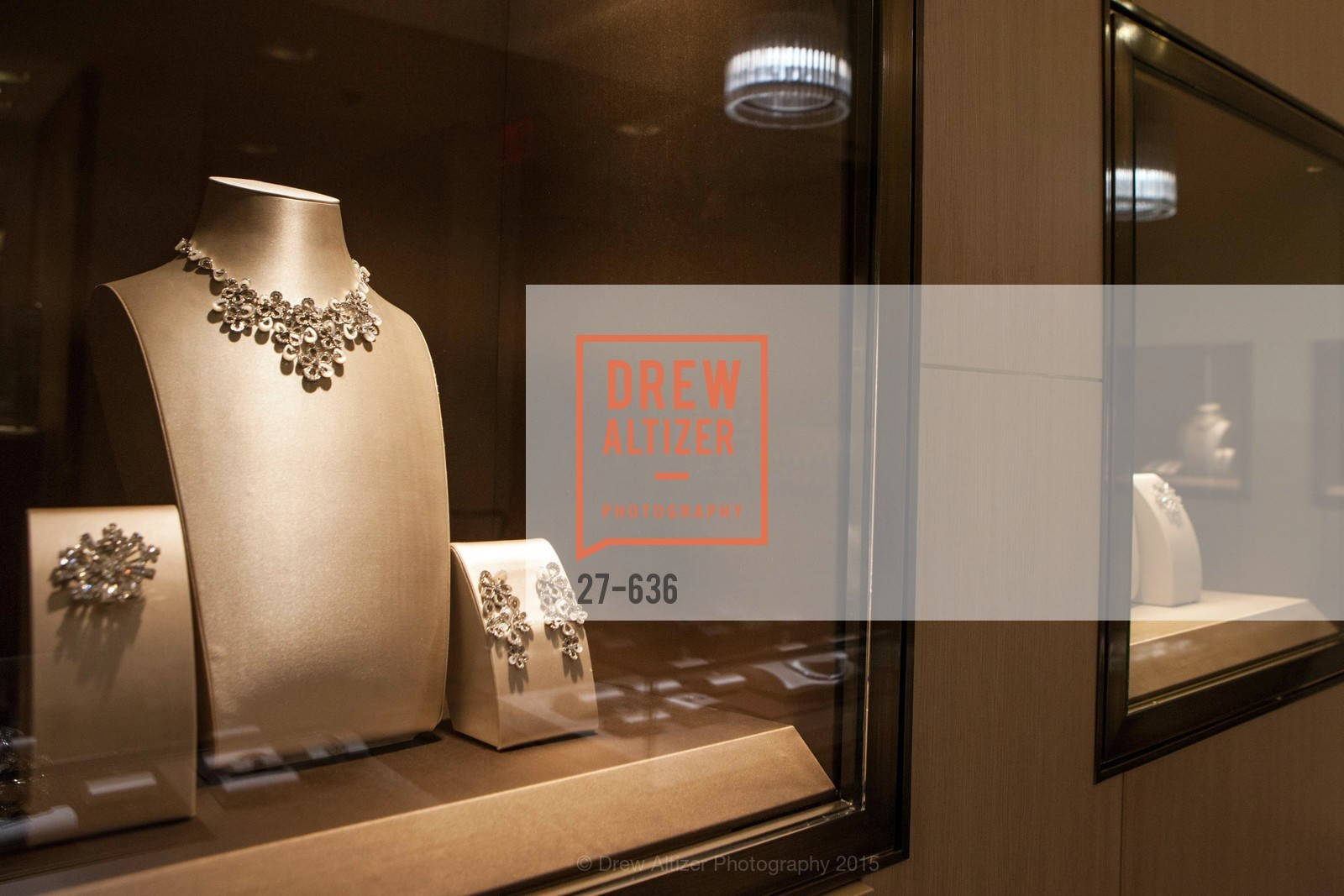 Atmosphere, Bulgari San Francisco Presents WINE, WHISKEY & WATCHES, Bulgari San Francisco. 200 Stockton Street, December 8th, 2015,Drew Altizer, Drew Altizer Photography, full-service agency, private events, San Francisco photographer, photographer california