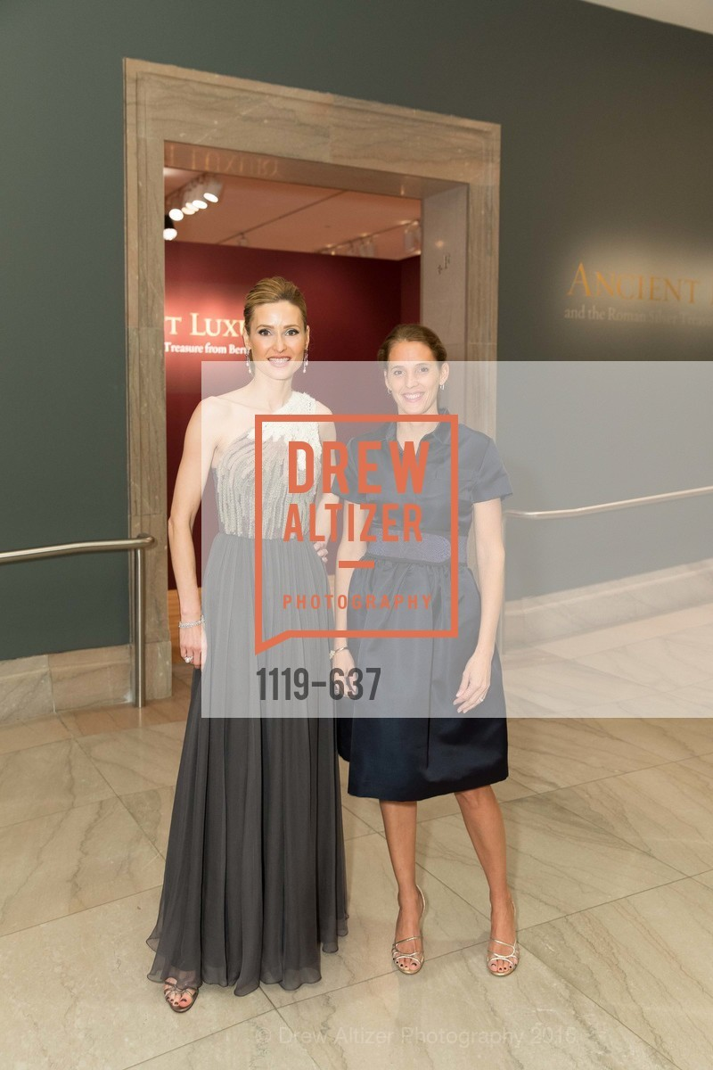 Kate Harbin Clammer, Evie Simon, AN ELEGANT EVENING Presented by the Fine Arts Museums of San Francisco, Legion of Honor, Court of Honor. 100 34th Ave, December 8th, 2015,Drew Altizer, Drew Altizer Photography, full-service agency, private events, San Francisco photographer, photographer california