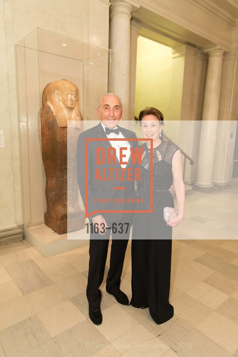 Jerry Weissman, Lucie Weissman, AN ELEGANT EVENING Presented by the Fine Arts Museums of San Francisco, Legion of Honor, Court of Honor. 100 34th Ave, December 8th, 2015,Drew Altizer, Drew Altizer Photography, full-service agency, private events, San Francisco photographer, photographer california