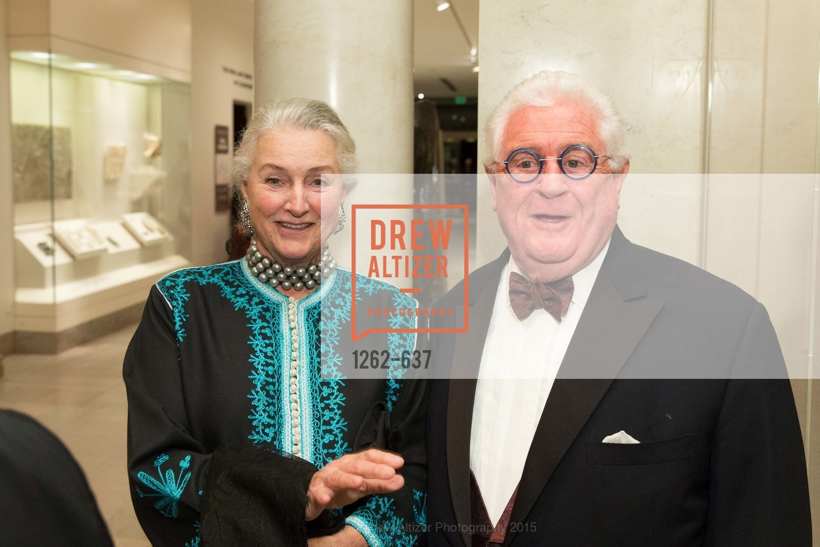 Elizabeth Swanson, Bob Hill, AN ELEGANT EVENING Presented by the Fine Arts Museums of San Francisco, Legion of Honor, Court of Honor. 100 34th Ave, December 8th, 2015,Drew Altizer, Drew Altizer Photography, full-service event agency, private events, San Francisco photographer, photographer California