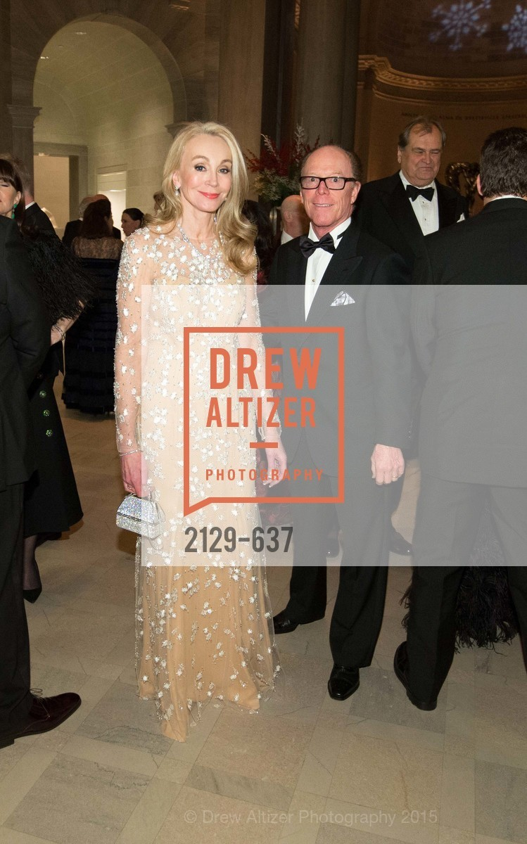 Giselle Parry, Ray Farris, AN ELEGANT EVENING Presented by the Fine Arts Museums of San Francisco, Legion of Honor, Court of Honor. 100 34th Ave, December 8th, 2015,Drew Altizer, Drew Altizer Photography, full-service agency, private events, San Francisco photographer, photographer california