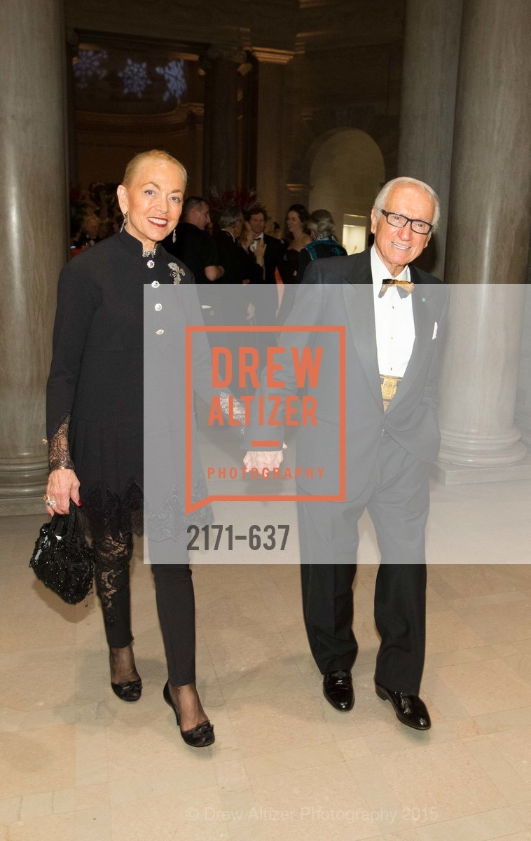 Adria Bini, Dante Bini, AN ELEGANT EVENING Presented by the Fine Arts Museums of San Francisco, Legion of Honor, Court of Honor. 100 34th Ave, December 8th, 2015,Drew Altizer, Drew Altizer Photography, full-service event agency, private events, San Francisco photographer, photographer California