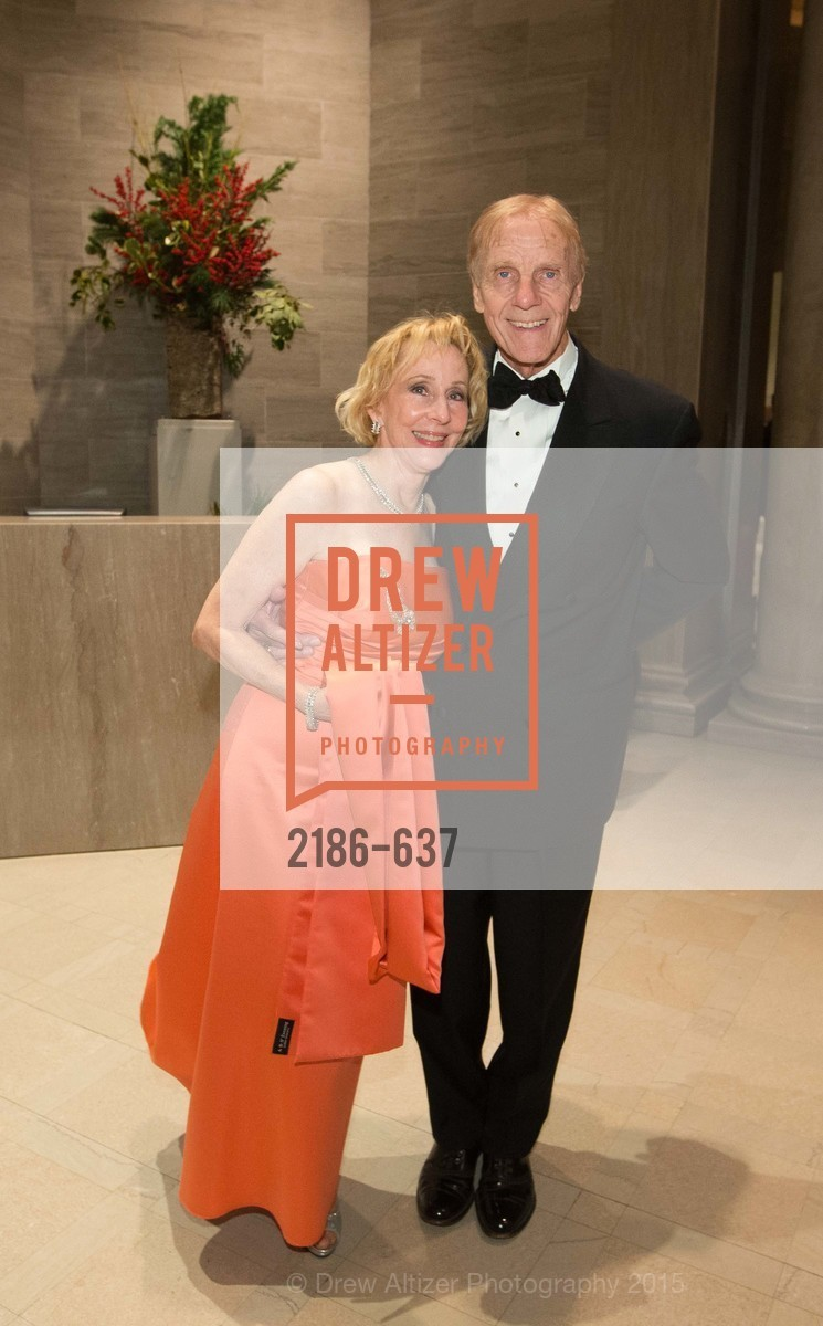 Pamela Rigg, Richard Rigg, AN ELEGANT EVENING Presented by the Fine Arts Museums of San Francisco, Legion of Honor, Court of Honor. 100 34th Ave, December 8th, 2015,Drew Altizer, Drew Altizer Photography, full-service agency, private events, San Francisco photographer, photographer california