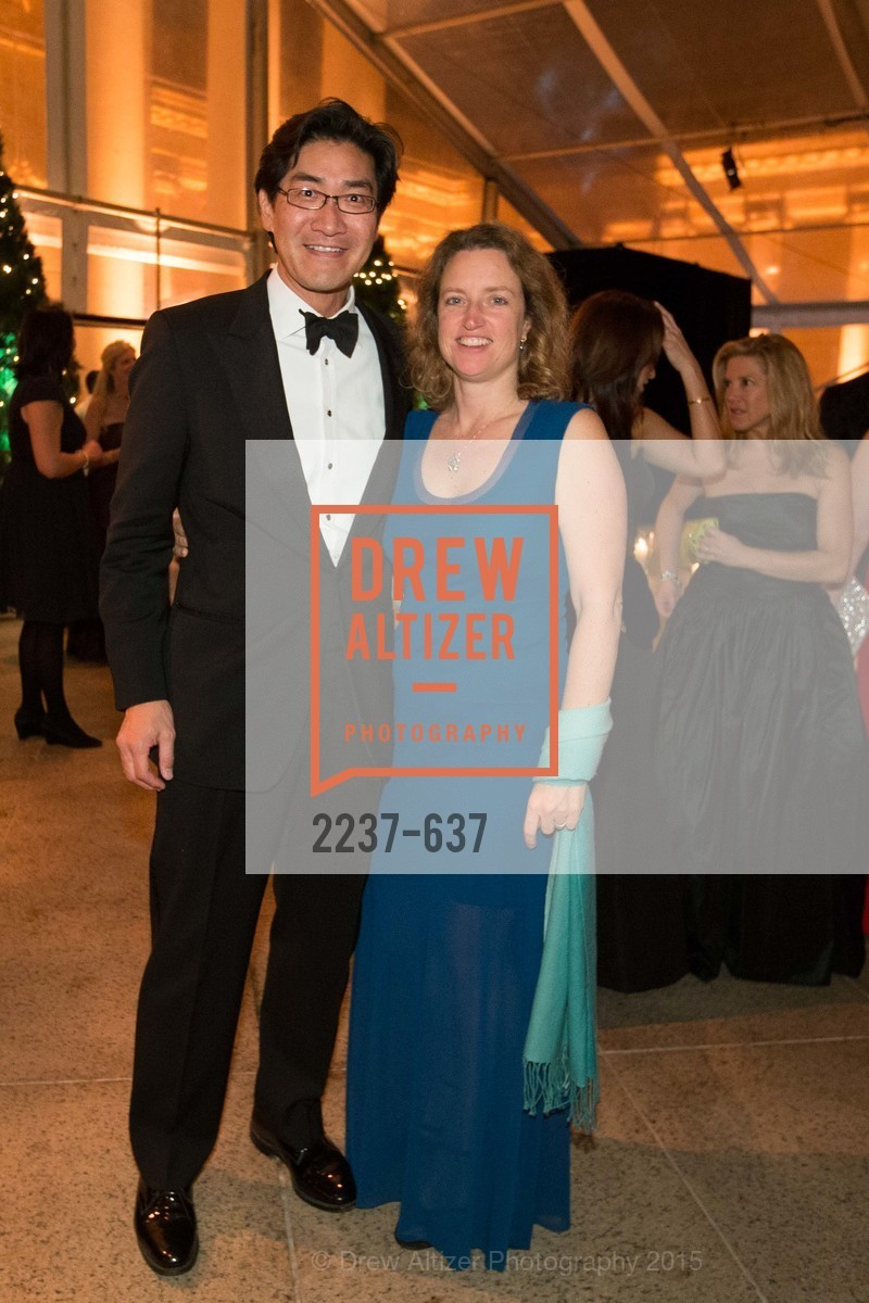 David Chung, Tara Meehan, AN ELEGANT EVENING Presented by the Fine Arts Museums of San Francisco, Legion of Honor, Court of Honor. 100 34th Ave, December 8th, 2015,Drew Altizer, Drew Altizer Photography, full-service agency, private events, San Francisco photographer, photographer california