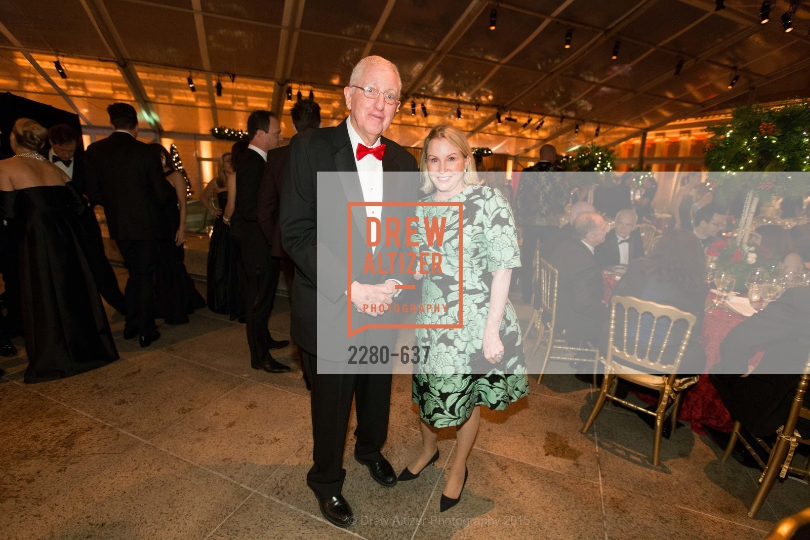 Jim Grossman, Nan McDowell, AN ELEGANT EVENING Presented by the Fine Arts Museums of San Francisco, Legion of Honor, Court of Honor. 100 34th Ave, December 8th, 2015,Drew Altizer, Drew Altizer Photography, full-service agency, private events, San Francisco photographer, photographer california
