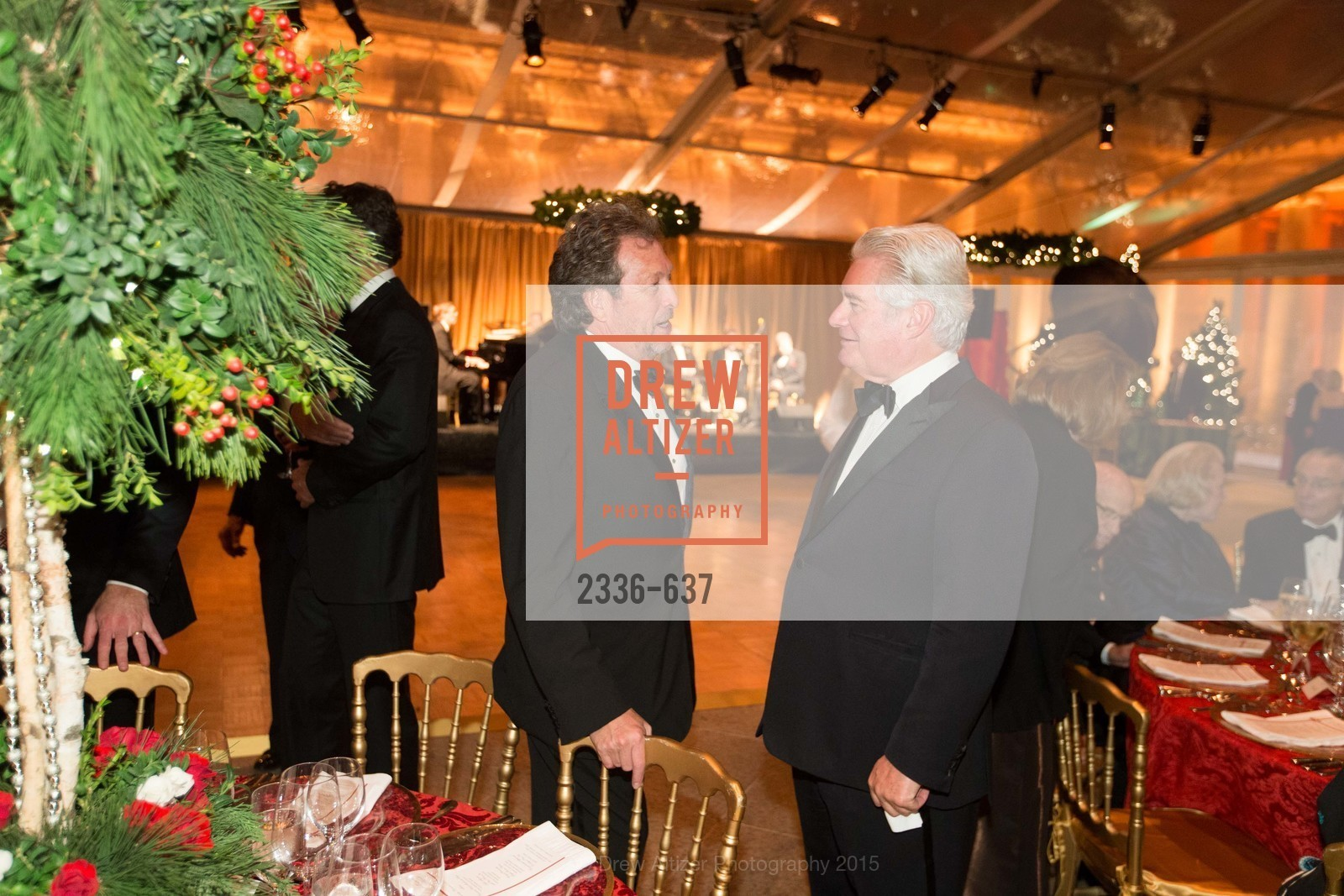 Douglas Biederbeck, AN ELEGANT EVENING Presented by the Fine Arts Museums of San Francisco, Legion of Honor, Court of Honor. 100 34th Ave, December 8th, 2015,Drew Altizer, Drew Altizer Photography, full-service agency, private events, San Francisco photographer, photographer california