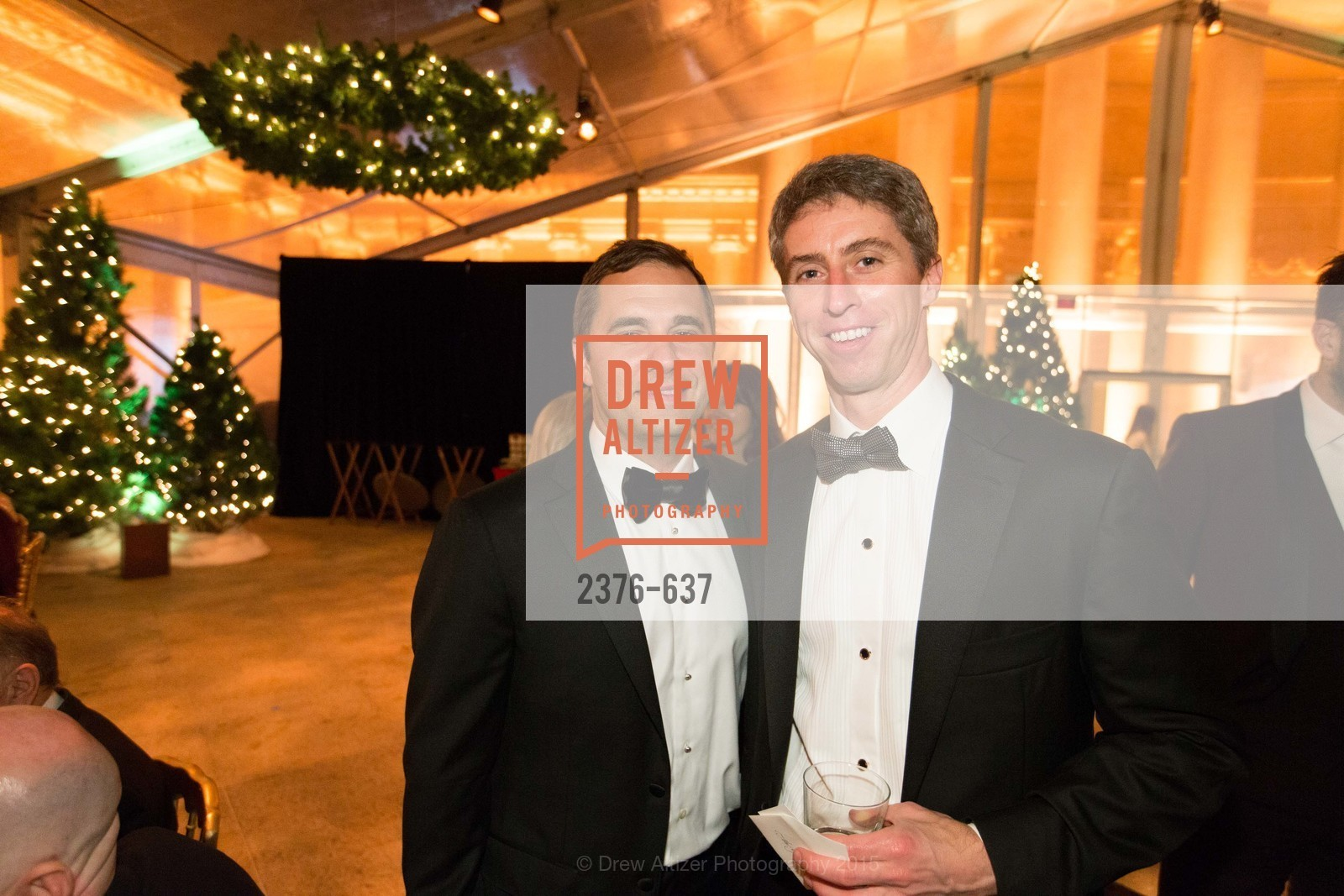 Drew Mcknight, Brian Grossman, AN ELEGANT EVENING Presented by the Fine Arts Museums of San Francisco, Legion of Honor, Court of Honor. 100 34th Ave, December 8th, 2015,Drew Altizer, Drew Altizer Photography, full-service agency, private events, San Francisco photographer, photographer california