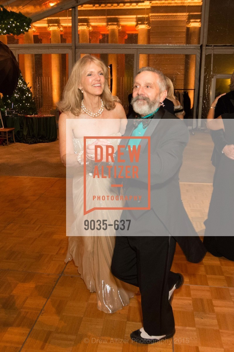 Randy Laroche, AN ELEGANT EVENING Presented by the Fine Arts Museums of San Francisco, Legion of Honor, Court of Honor. 100 34th Ave, December 8th, 2015