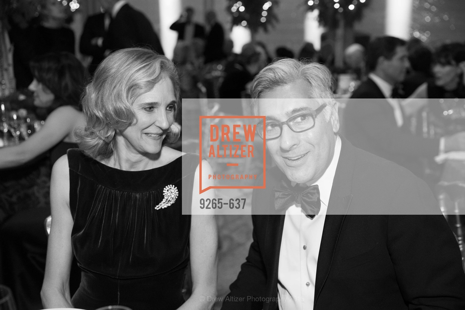 Jennifer Biederbeck, David Shimmon, AN ELEGANT EVENING Presented by the Fine Arts Museums of San Francisco, Legion of Honor, Court of Honor. 100 34th Ave, December 8th, 2015,Drew Altizer, Drew Altizer Photography, full-service agency, private events, San Francisco photographer, photographer california