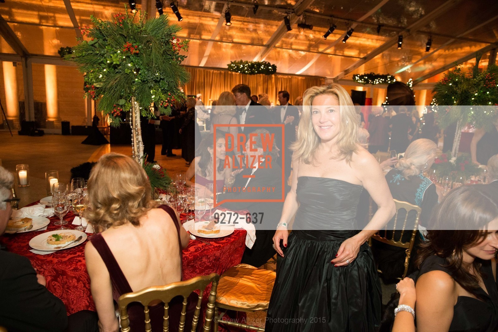 Kathryn Lasater, AN ELEGANT EVENING Presented by the Fine Arts Museums of San Francisco, Legion of Honor, Court of Honor. 100 34th Ave, December 8th, 2015,Drew Altizer, Drew Altizer Photography, full-service agency, private events, San Francisco photographer, photographer california