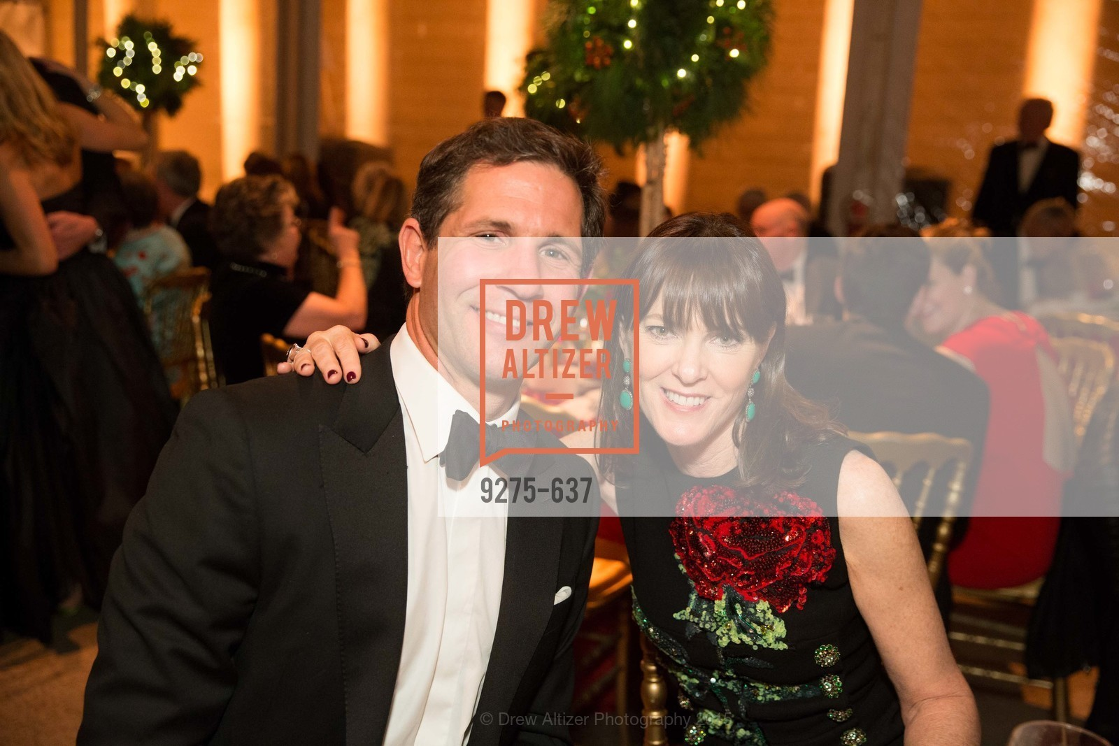 Adam Clammer, Allison Speer, AN ELEGANT EVENING Presented by the Fine Arts Museums of San Francisco, Legion of Honor, Court of Honor. 100 34th Ave, December 8th, 2015,Drew Altizer, Drew Altizer Photography, full-service agency, private events, San Francisco photographer, photographer california