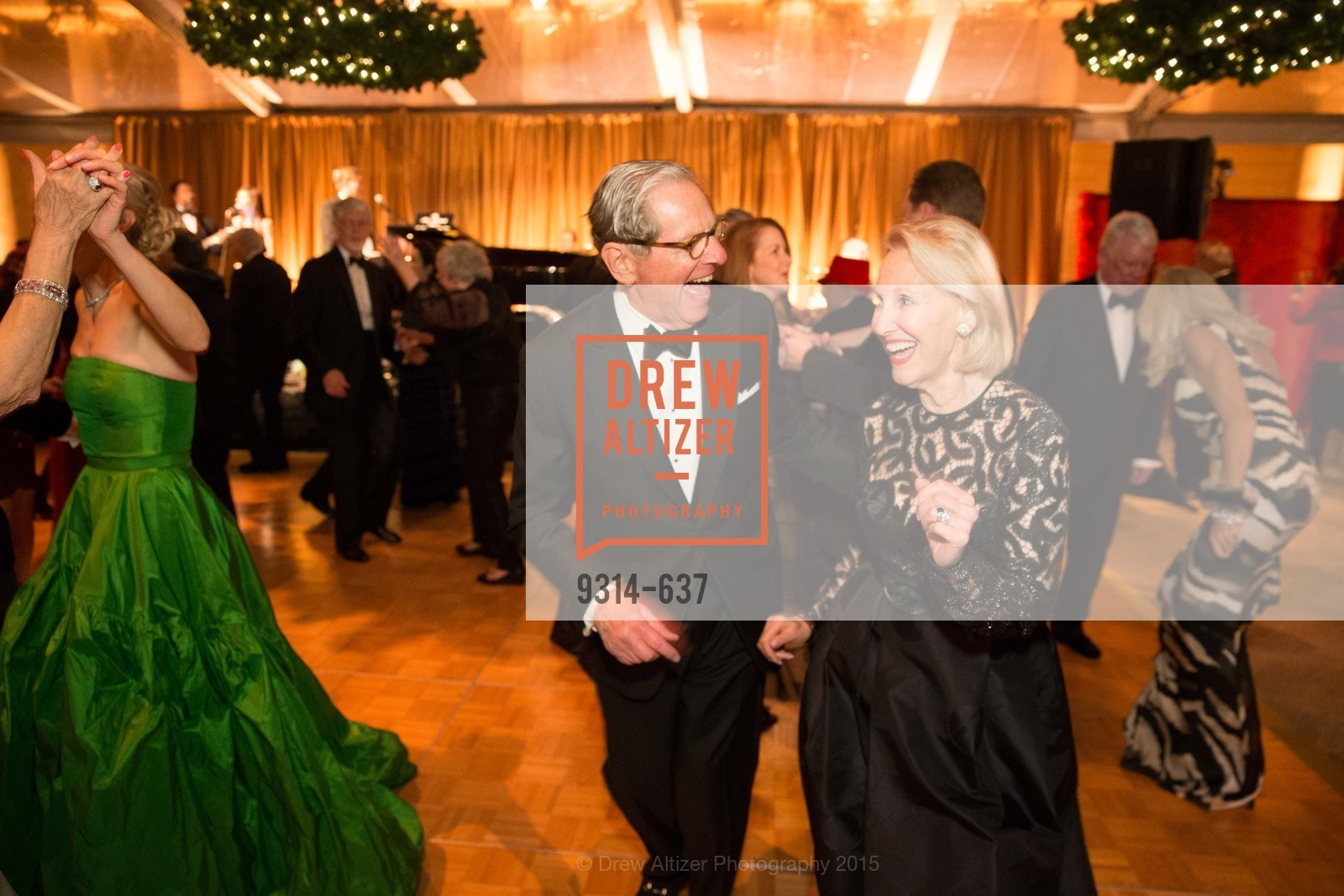 Bob Leitstein, Alex Leitstein, AN ELEGANT EVENING Presented by the Fine Arts Museums of San Francisco, Legion of Honor, Court of Honor. 100 34th Ave, December 8th, 2015,Drew Altizer, Drew Altizer Photography, full-service agency, private events, San Francisco photographer, photographer california