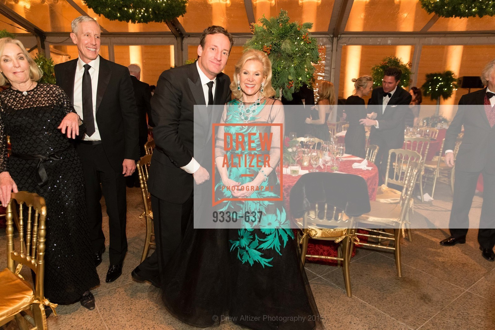 Todd Traina, Dede Wilsey, AN ELEGANT EVENING Presented by the Fine Arts Museums of San Francisco, Legion of Honor, Court of Honor. 100 34th Ave, December 8th, 2015,Drew Altizer, Drew Altizer Photography, full-service agency, private events, San Francisco photographer, photographer california
