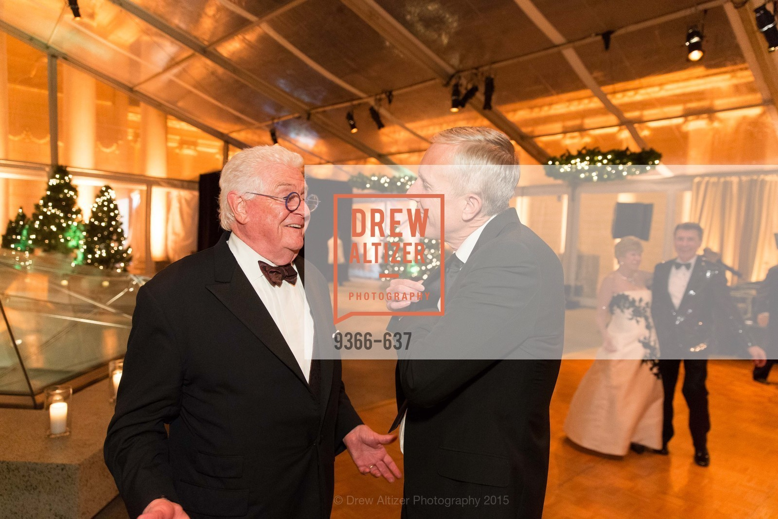 Bob Hill, Tim Whalen, AN ELEGANT EVENING Presented by the Fine Arts Museums of San Francisco, Legion of Honor, Court of Honor. 100 34th Ave, December 8th, 2015,Drew Altizer, Drew Altizer Photography, full-service event agency, private events, San Francisco photographer, photographer California