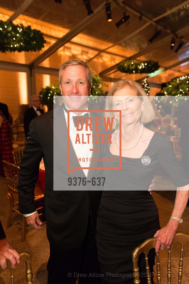 Sean Julian, Marion Cope, AN ELEGANT EVENING Presented by the Fine Arts Museums of San Francisco, Legion of Honor, Court of Honor. 100 34th Ave, December 8th, 2015,Drew Altizer, Drew Altizer Photography, full-service agency, private events, San Francisco photographer, photographer california