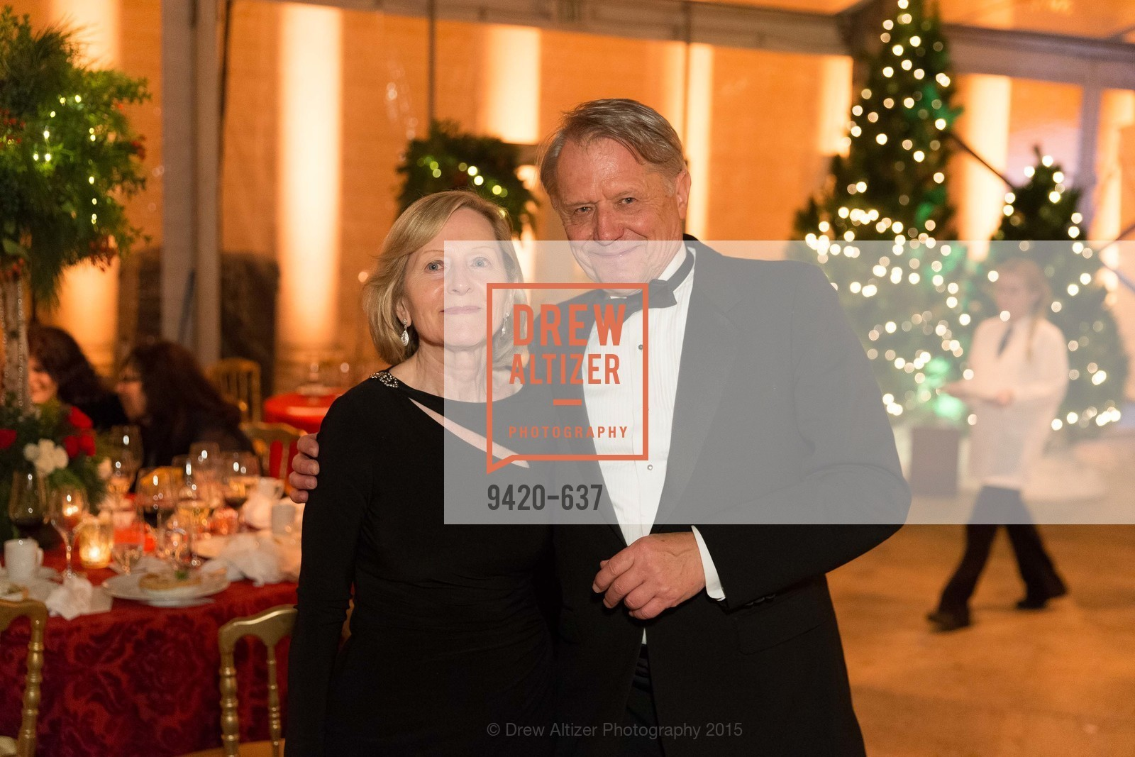 Alice Zedelis, Robert Zedelis, AN ELEGANT EVENING Presented by the Fine Arts Museums of San Francisco, Legion of Honor, Court of Honor. 100 34th Ave, December 8th, 2015,Drew Altizer, Drew Altizer Photography, full-service agency, private events, San Francisco photographer, photographer california