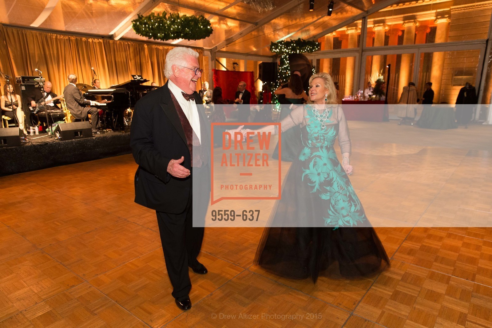 Dede Wilsey, Bob Hill, AN ELEGANT EVENING Presented by the Fine Arts Museums of San Francisco, Legion of Honor, Court of Honor. 100 34th Ave, December 8th, 2015,Drew Altizer, Drew Altizer Photography, full-service agency, private events, San Francisco photographer, photographer california