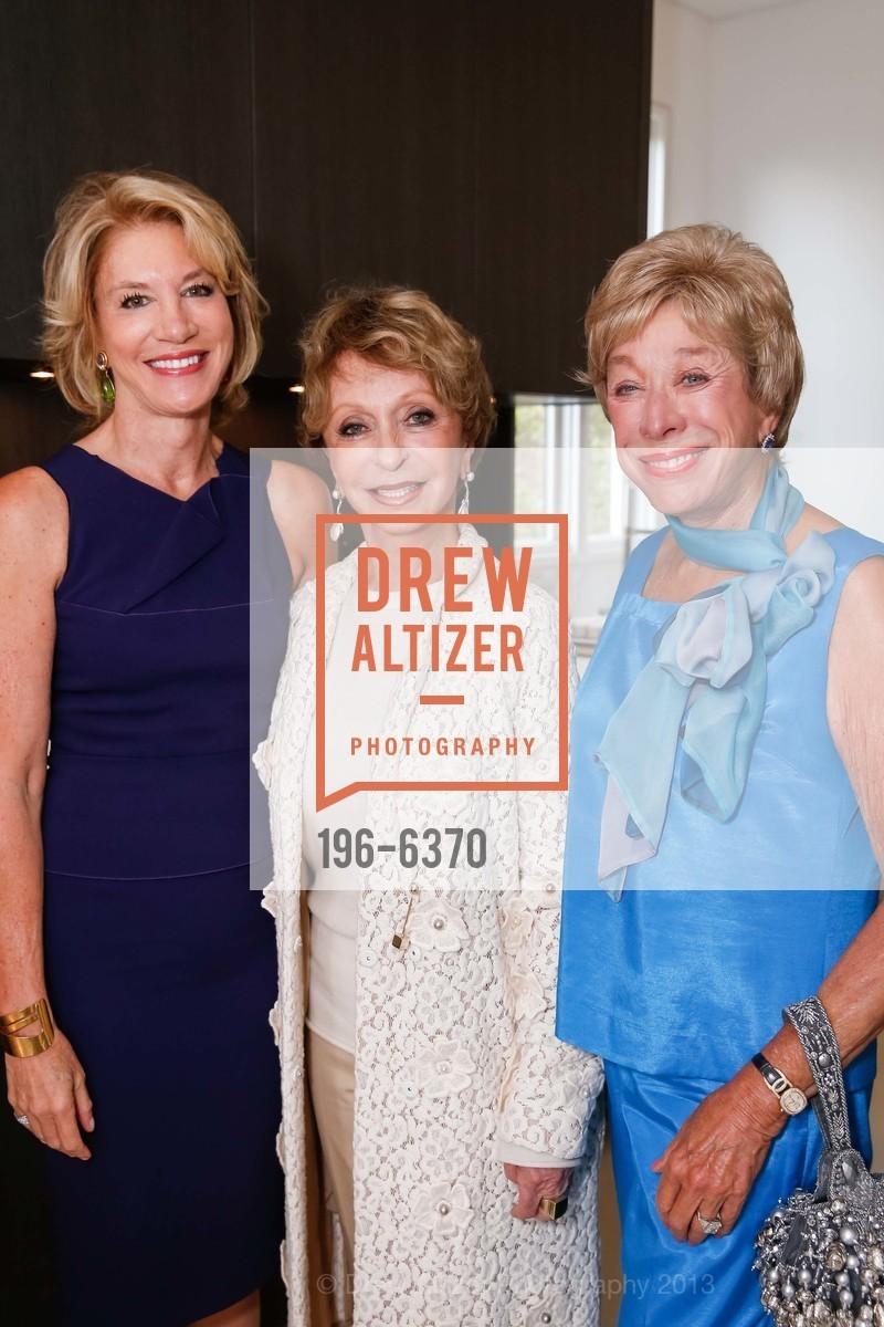 Mary Poland, Roberta Sherman, Maria Pitcairn, OPERA GALA Patrons Party, US, August 28th, 2013