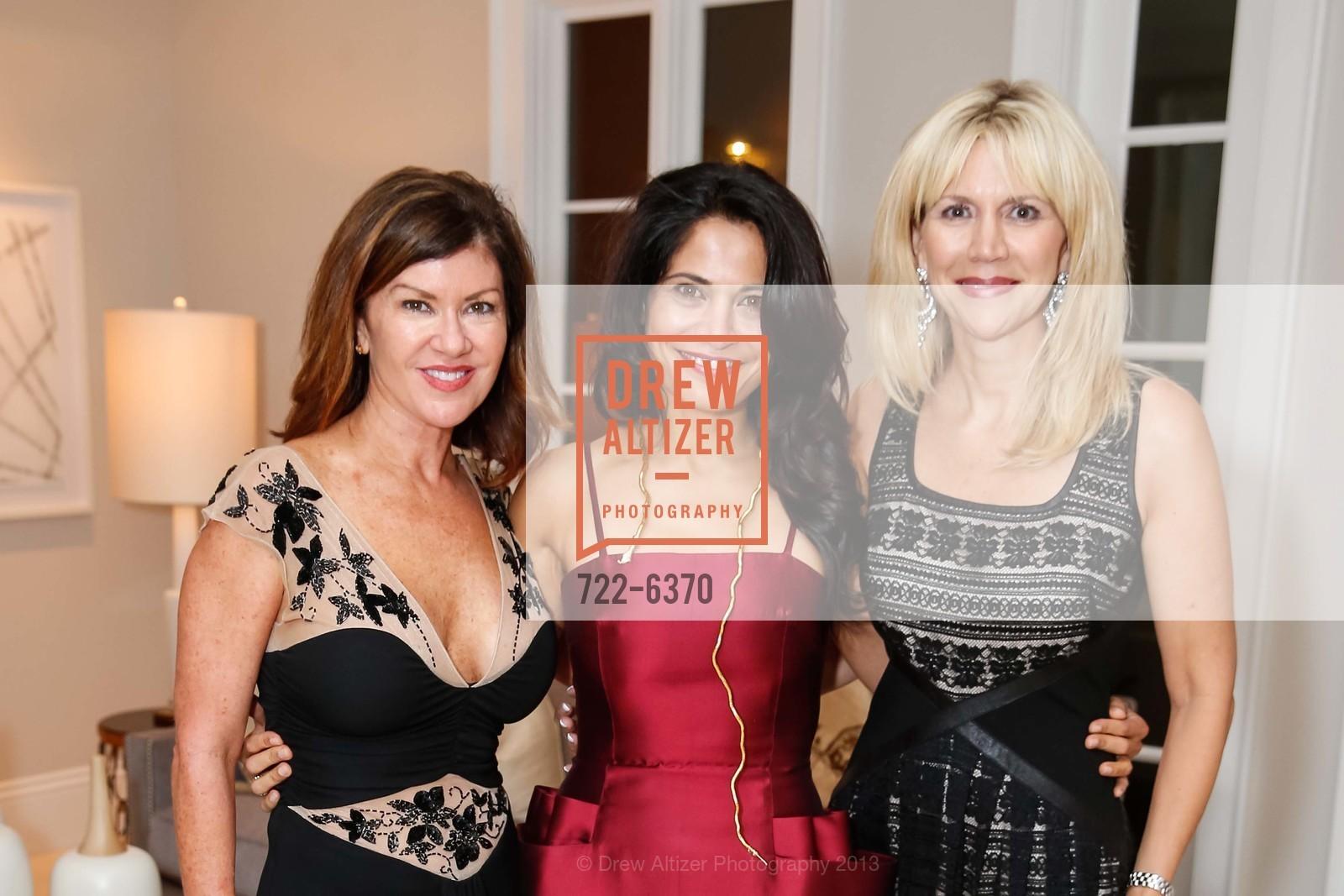 Dianne Yancey, Mai Shiver, Kimberlee Sharp, Photo #722-6370
