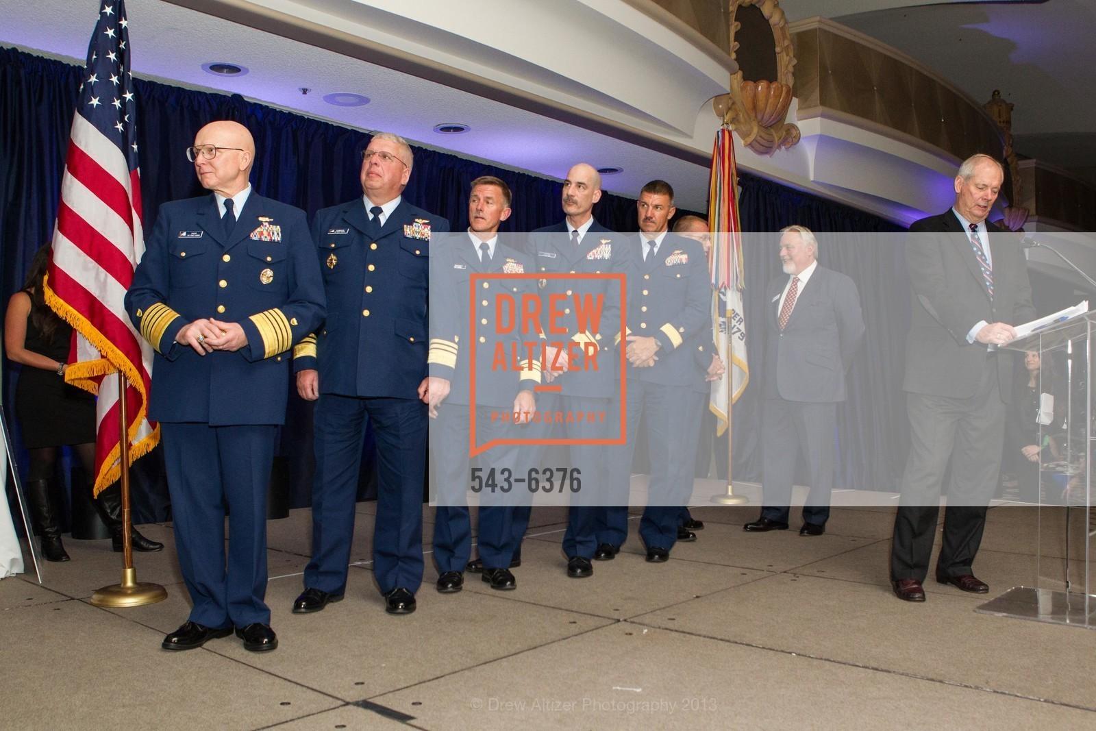Robert Papp, John Currier, Thomas Ostebo, Karl Schultz, Michael Leavitt, Bob Flynn, Gary Jobson, Photo #543-6376