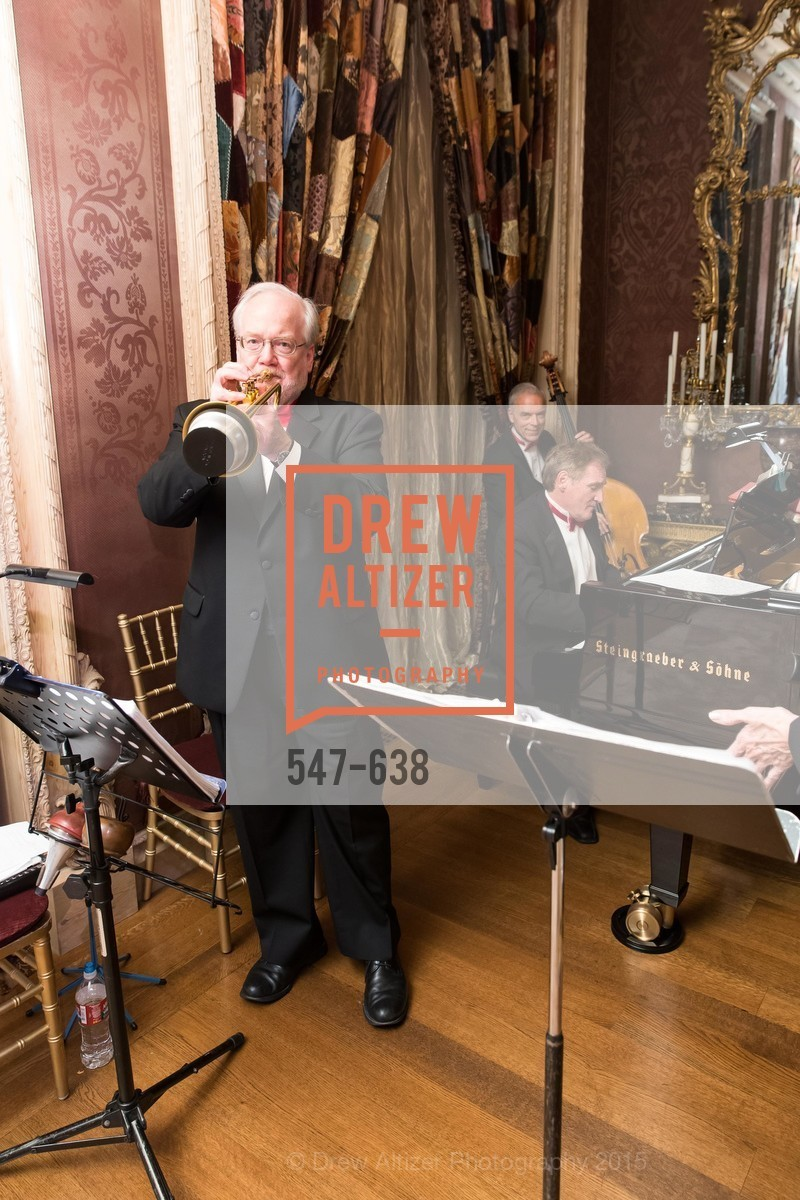 Performer, San Francisco Mayor's Office of Protocol Christmas Party, Private Residence, December 9th, 2015,Drew Altizer, Drew Altizer Photography, full-service agency, private events, San Francisco photographer, photographer california