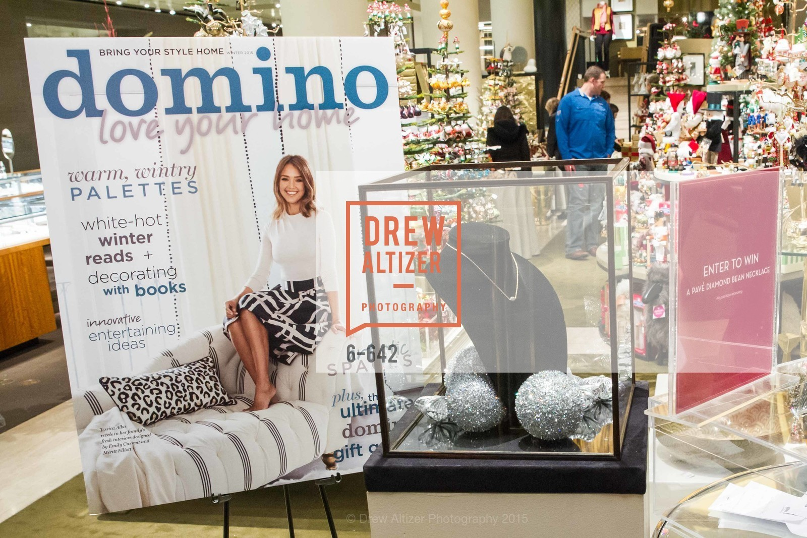 Atmosphere, Private Holiday Shopping Night presented by Gump's and Domino magazine, Gump's. 135 Post Street, December 10th, 2015,Drew Altizer, Drew Altizer Photography, full-service event agency, private events, San Francisco photographer, photographer California