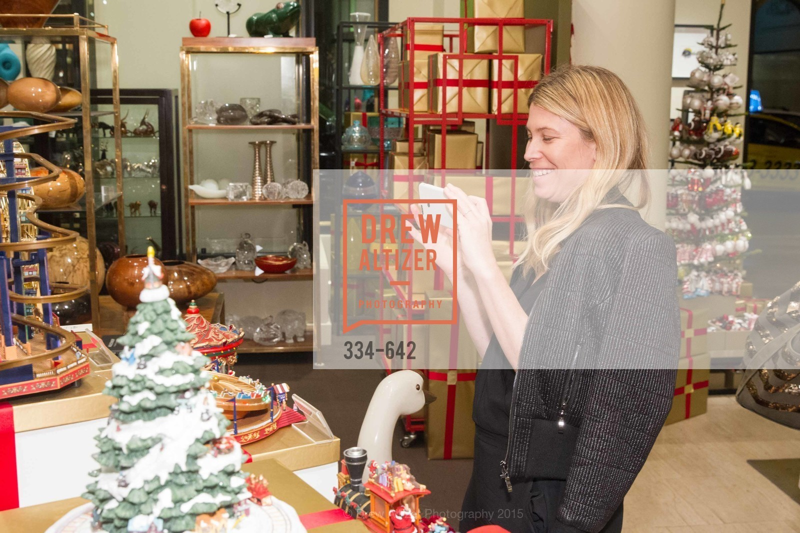 Jessica Romm, Private Holiday Shopping Night presented by Gump's and Domino magazine, Gump's. 135 Post Street, December 10th, 2015,Drew Altizer, Drew Altizer Photography, full-service agency, private events, San Francisco photographer, photographer california