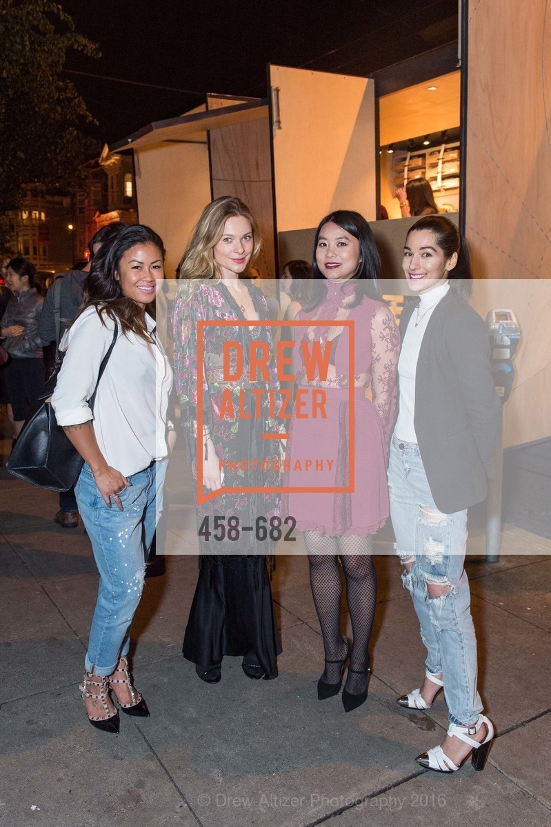 Michelle Lam, Veronica Gladhill, Michelle Lam hosts the launch of True&Co.'s Try-on Truck National Tour, MatrixFillmore. 3138 Fillmore, January 12th, 2016,Drew Altizer, Drew Altizer Photography, full-service agency, private events, San Francisco photographer, photographer california