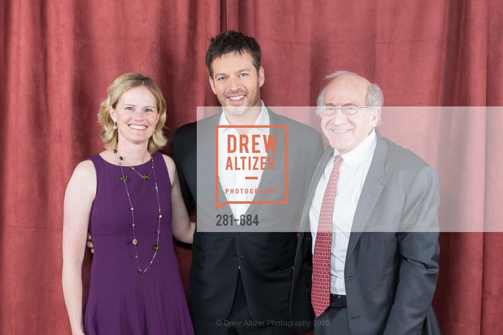 Kristin Crosland, Harry Connick Jr., Suzanne Crandall, Photo #281-684