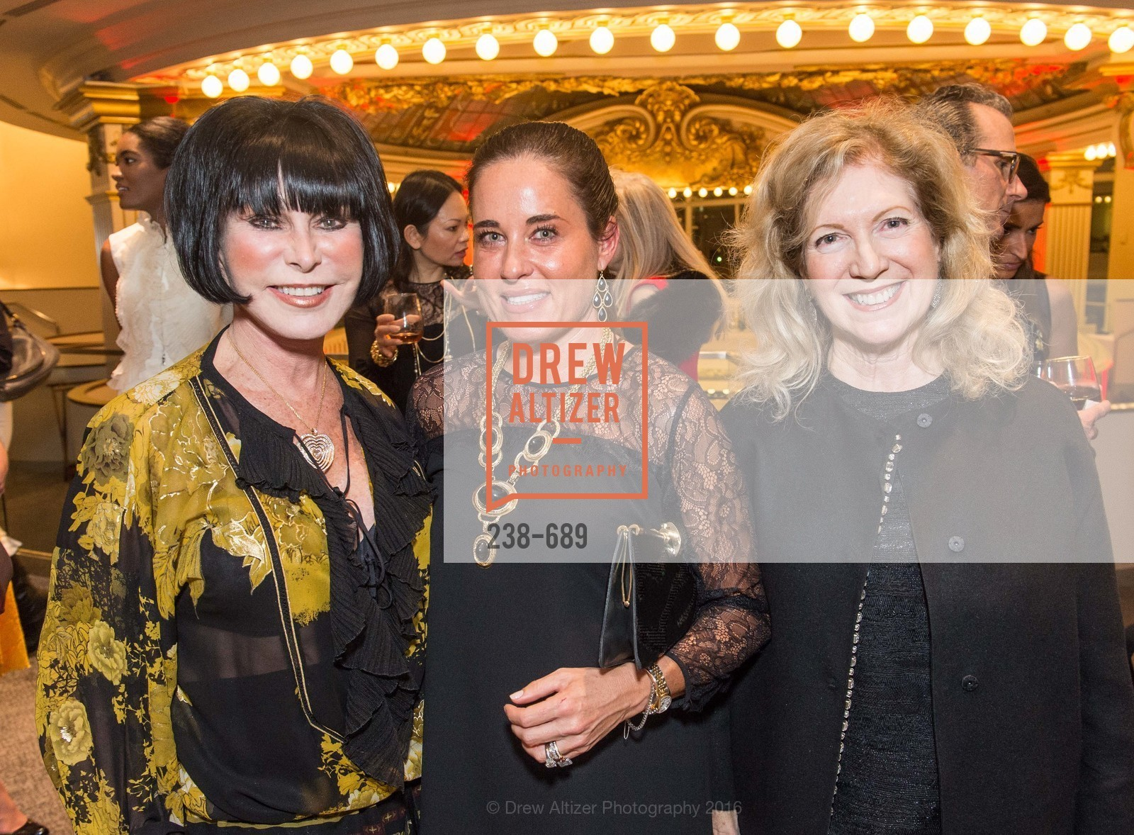 Marilyn Cabak, Natalia Urrutia, Celeste Woo, Oscar de la Renta Cocktail Party with Boaz Mazor, The Rotunda Restaurant, January 19th, 2016,Drew Altizer, Drew Altizer Photography, full-service event agency, private events, San Francisco photographer, photographer California